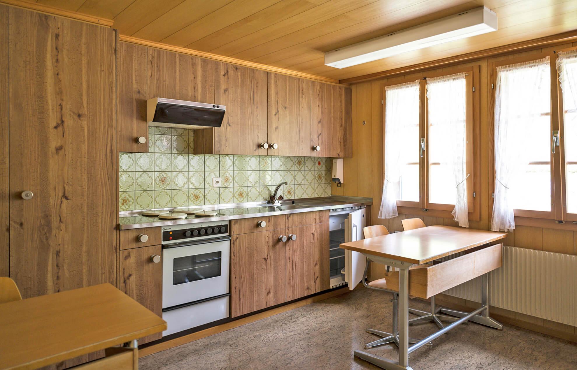 Kleine Küche für Getränke oder Snacks