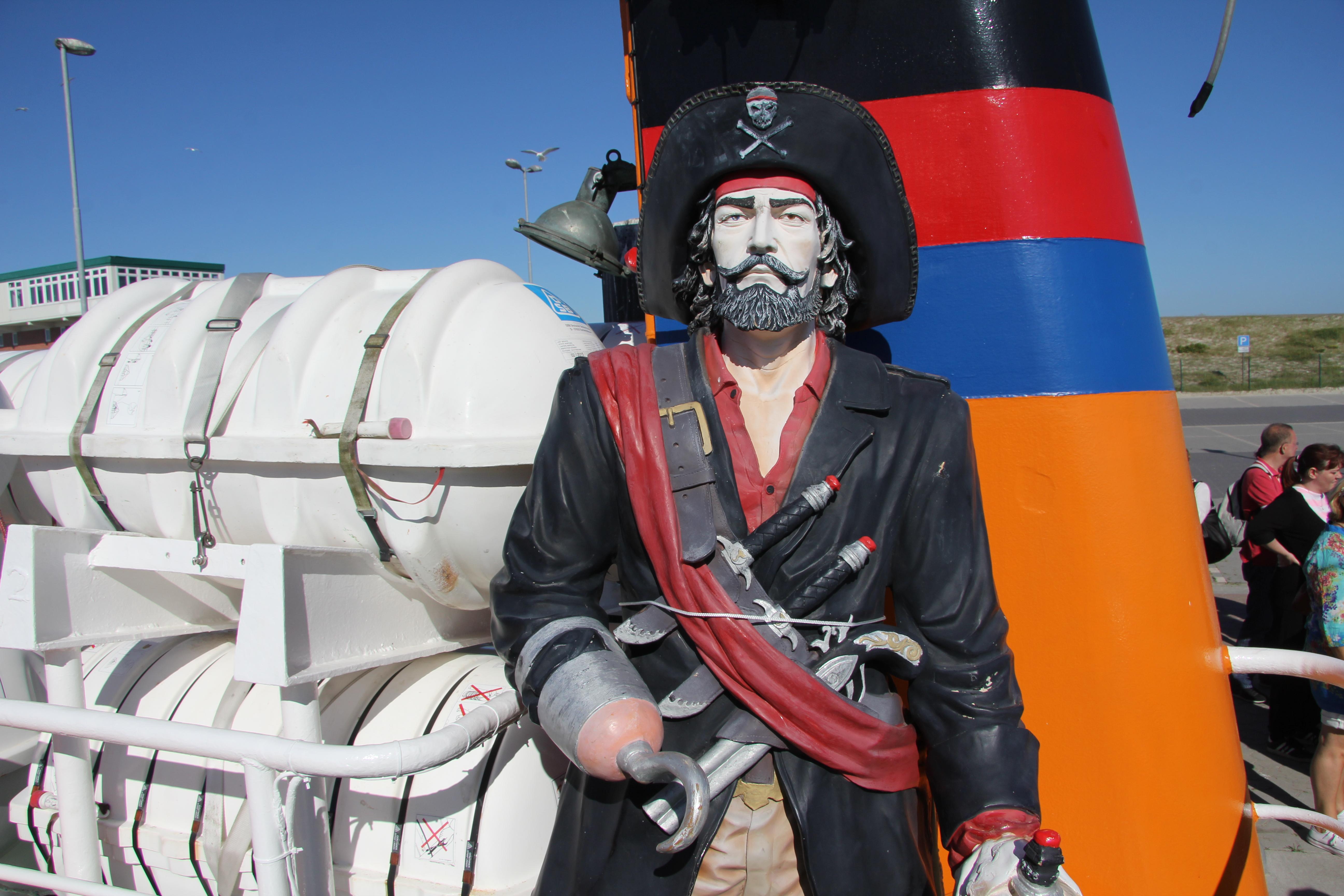 Piratenfahrten auf See ab Dornumersiel