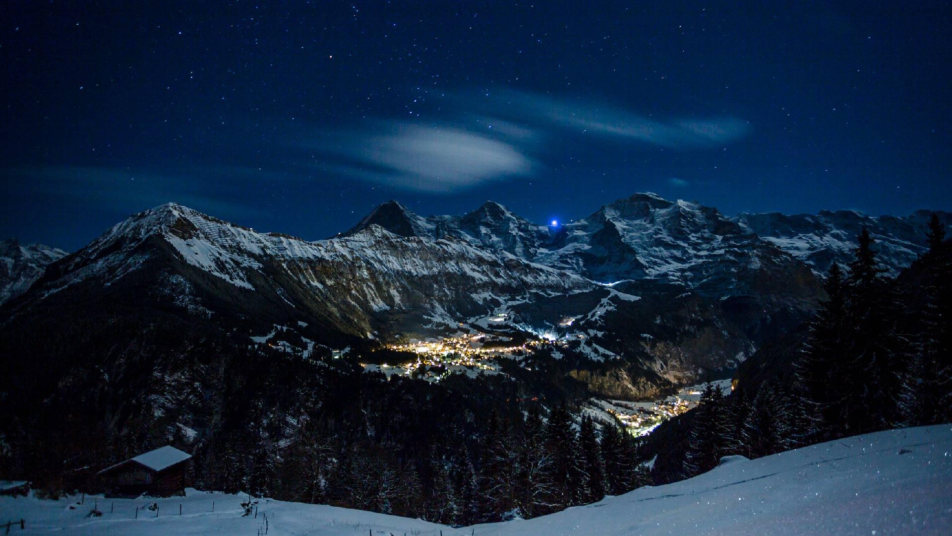 outdoor-interlaken-nachtschlitteln-aussicht-sternenhimmel