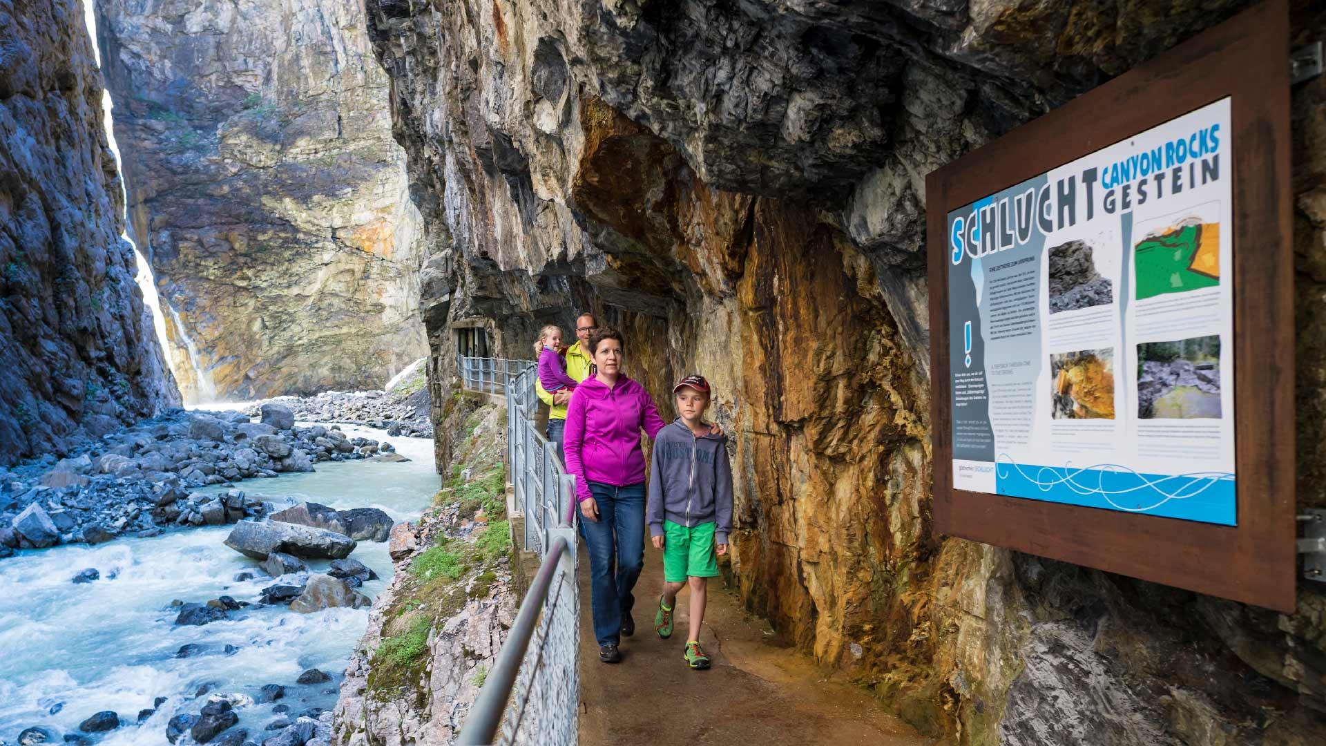 gletscherschlucht-grindelwald-familie-eingang