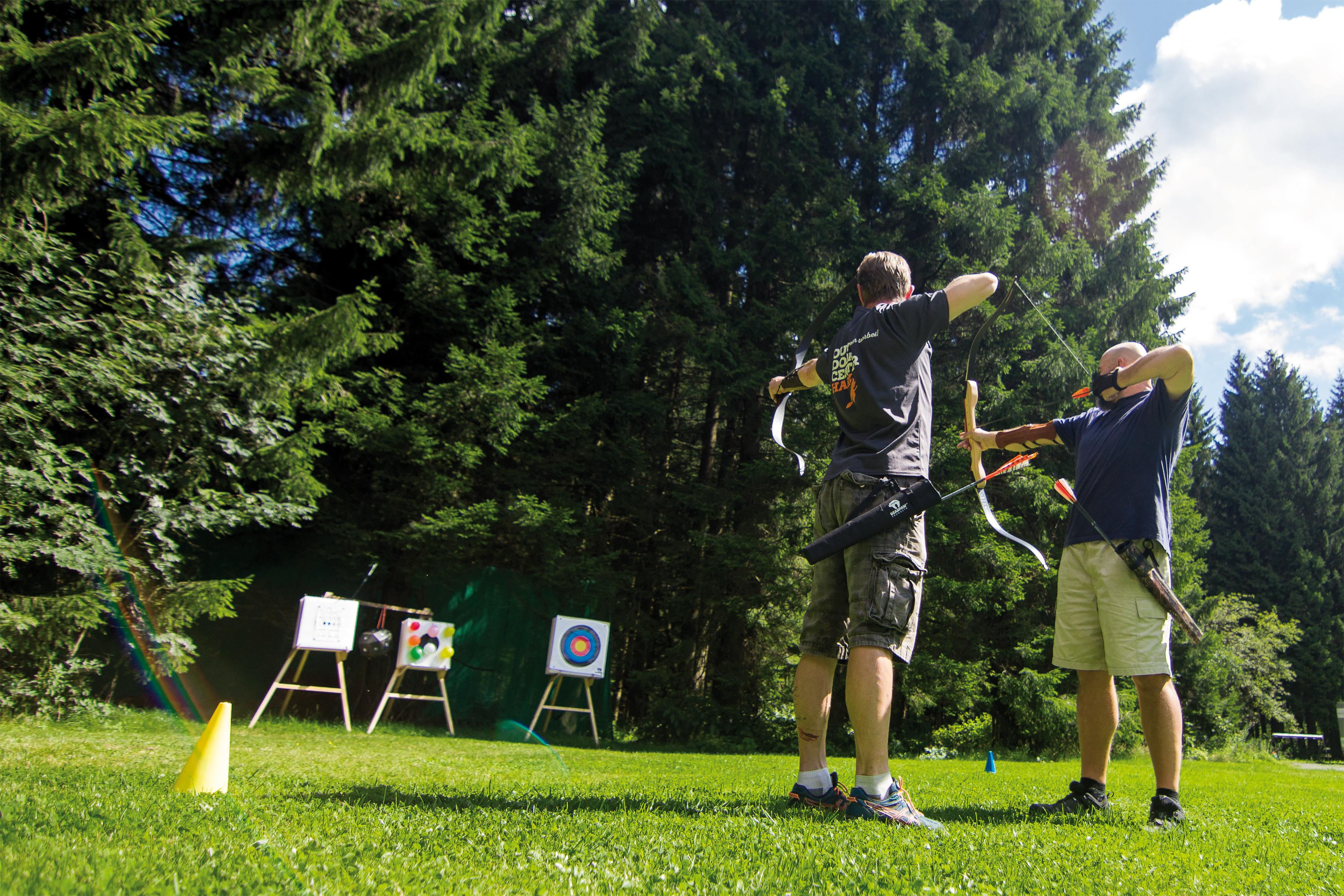Traditionelles Bogenschießen im Outdoorcenter Harz