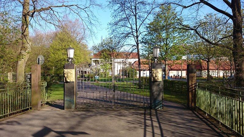 Schützenplatz Paderborn - Löwentor