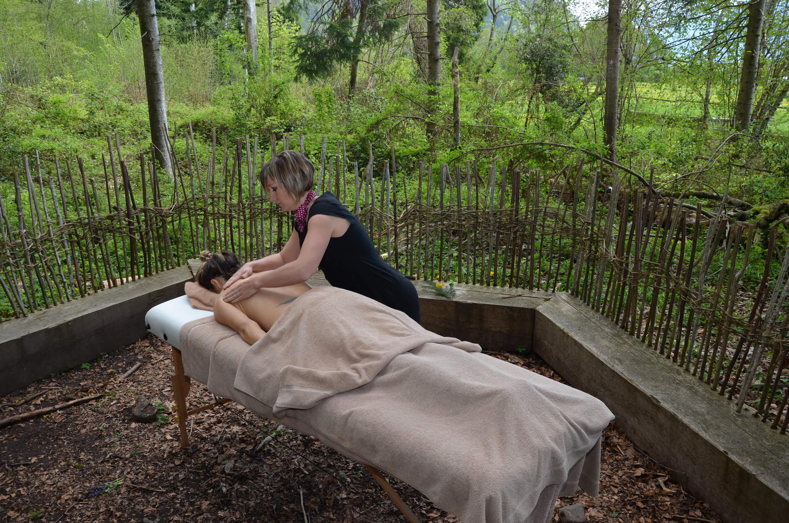 salzano-spa-waldmassage-outdoor