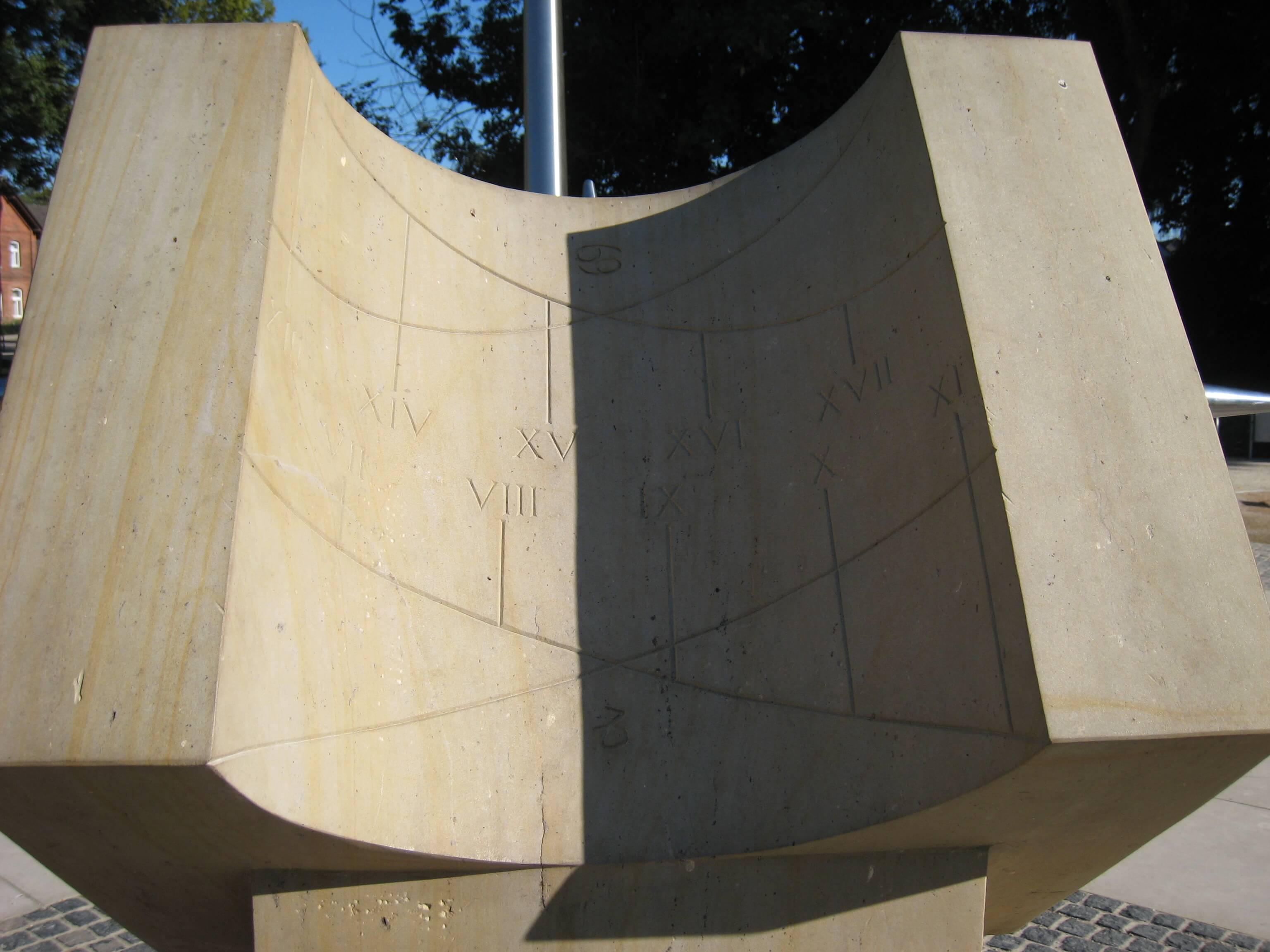 Sonnenuhr Detail