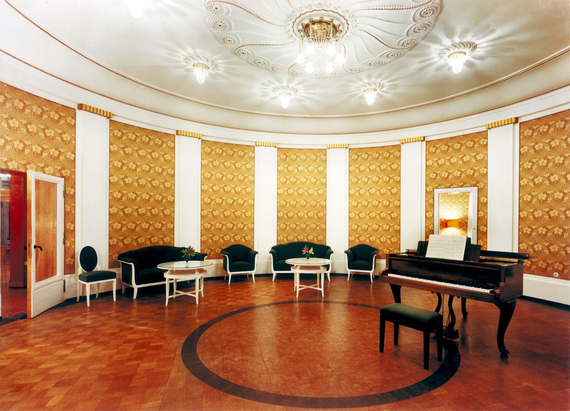 Musiksaal im Sanatorium