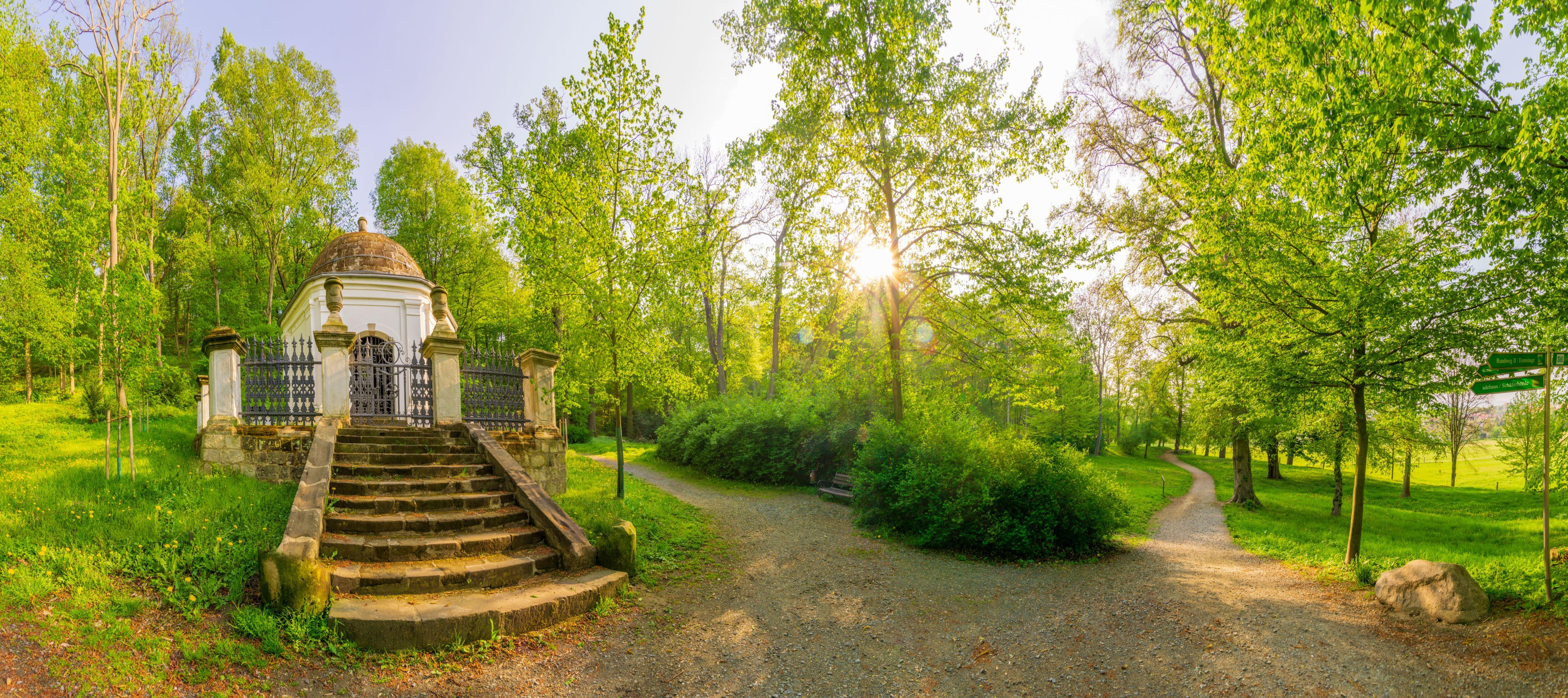 Halberstadt Landschaftspark Spiegelsberge Mausoleum