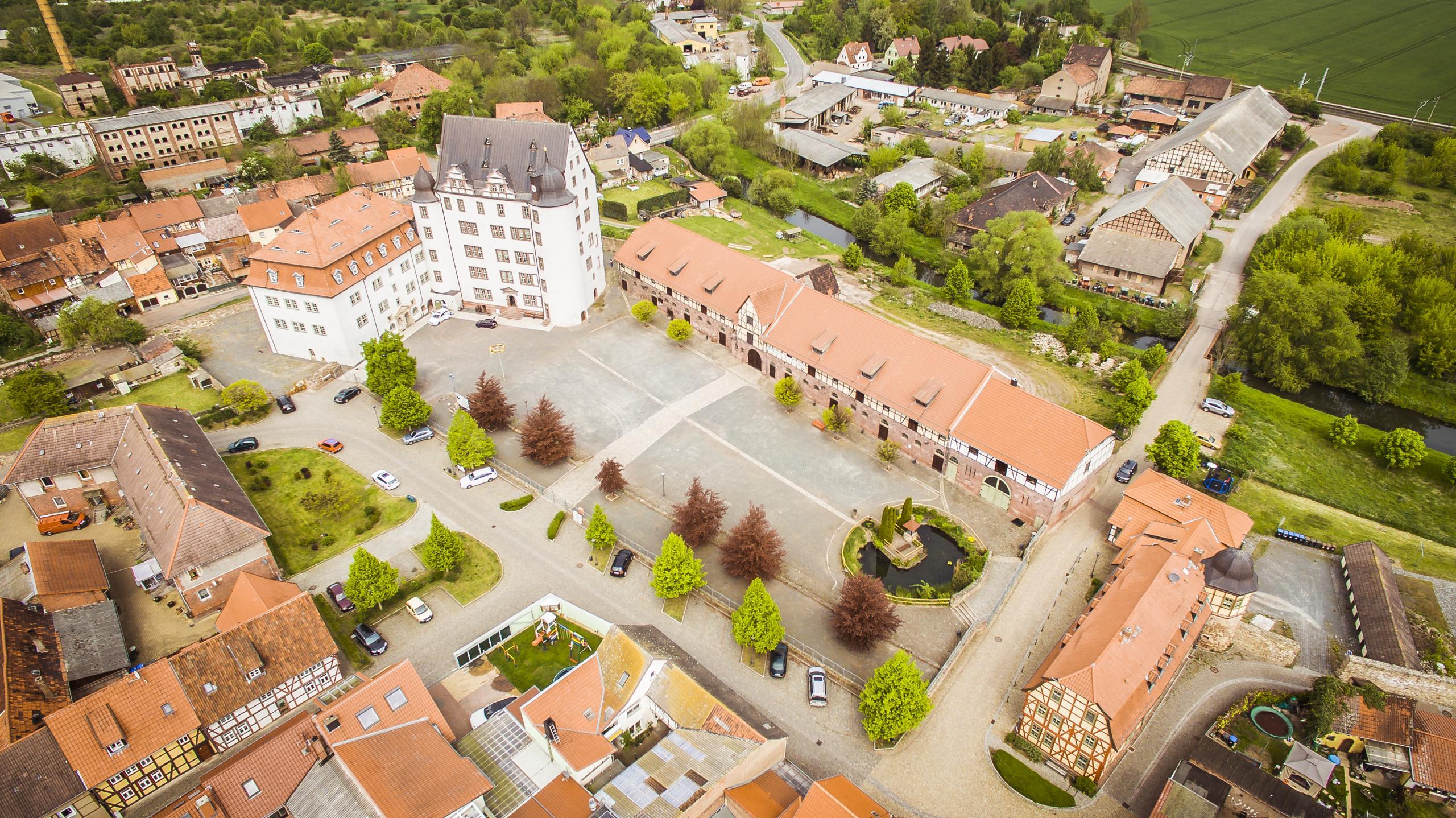 Schloss Heringen Schlossareal Vorderseite