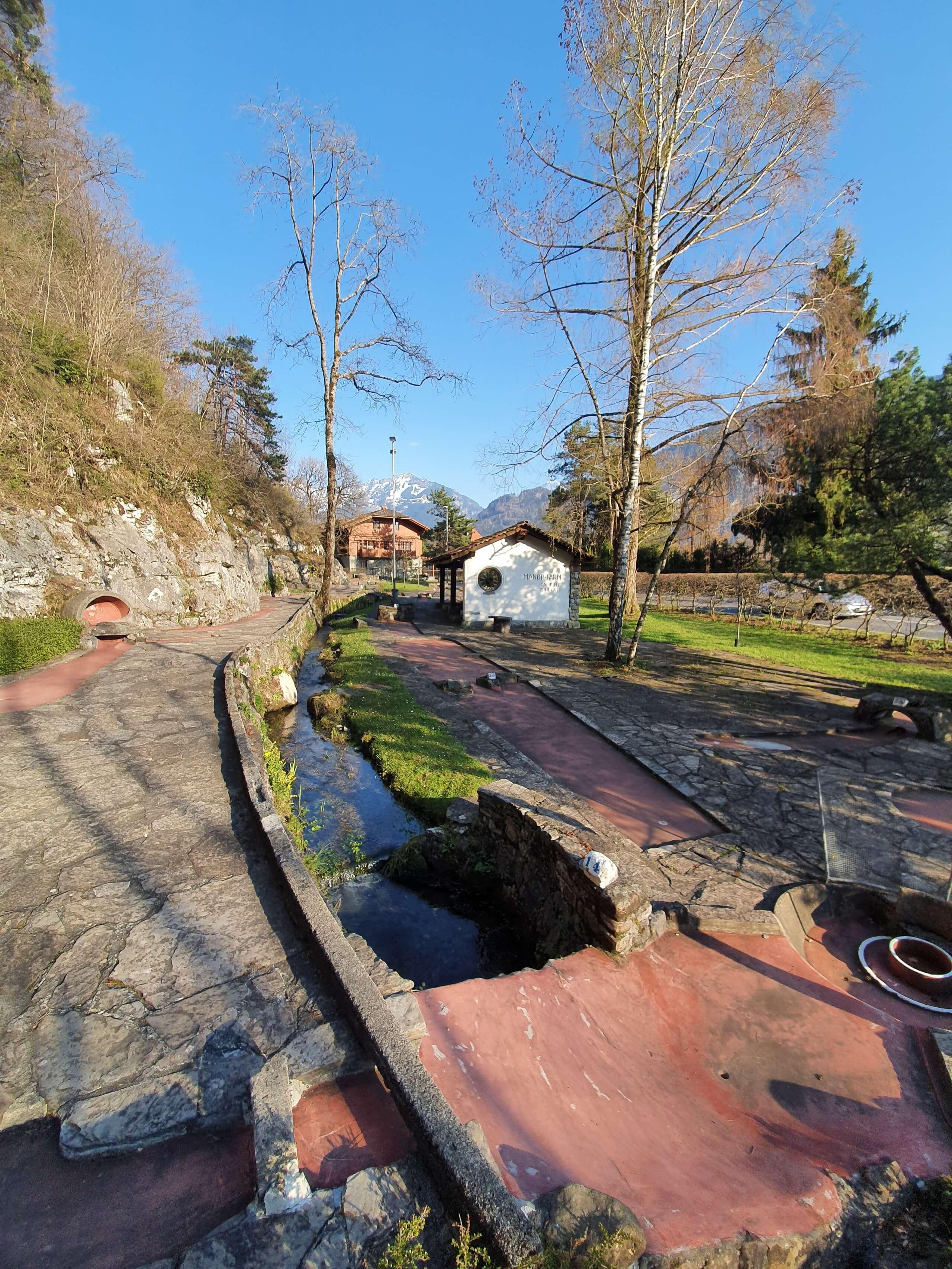 minigolf-manorfarm-neuhaus