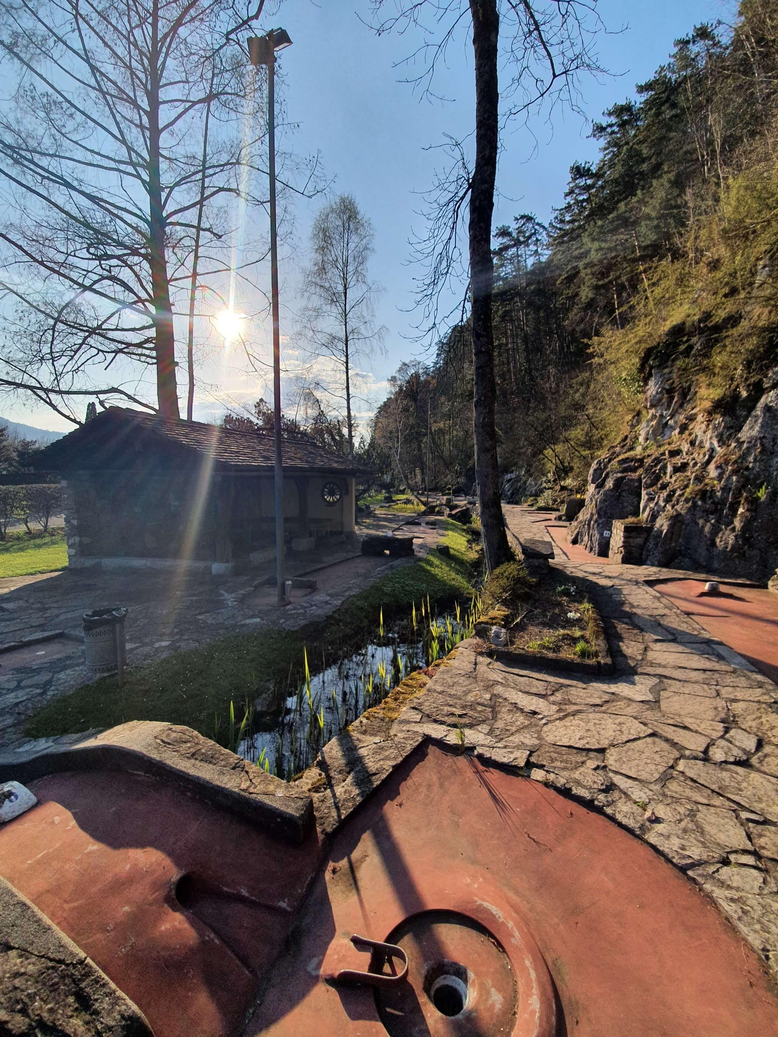 minigolf-manorfarm-neuhaus-br-cke