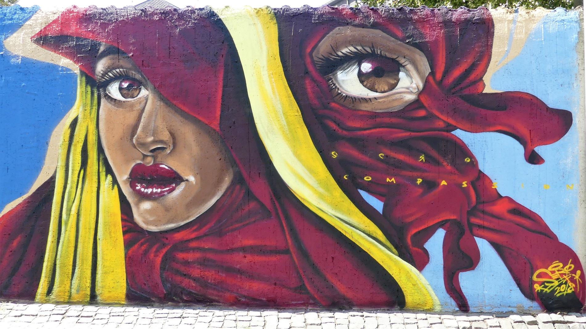 """Graffiti an der Graffitimauer """"Busdorfgalerie"""""""