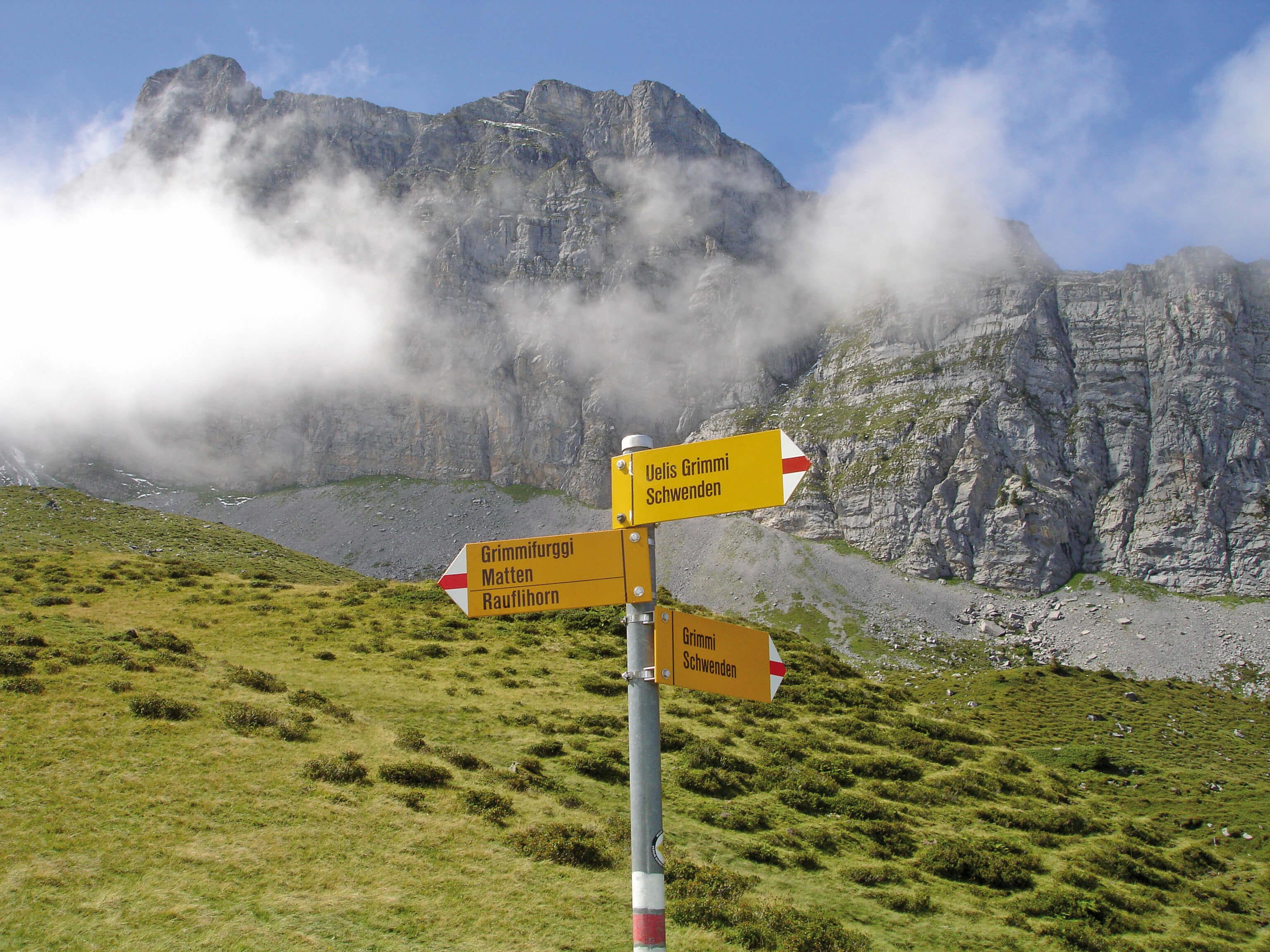 Wandern ab der Bergstation der Grimmialpbergbahnen