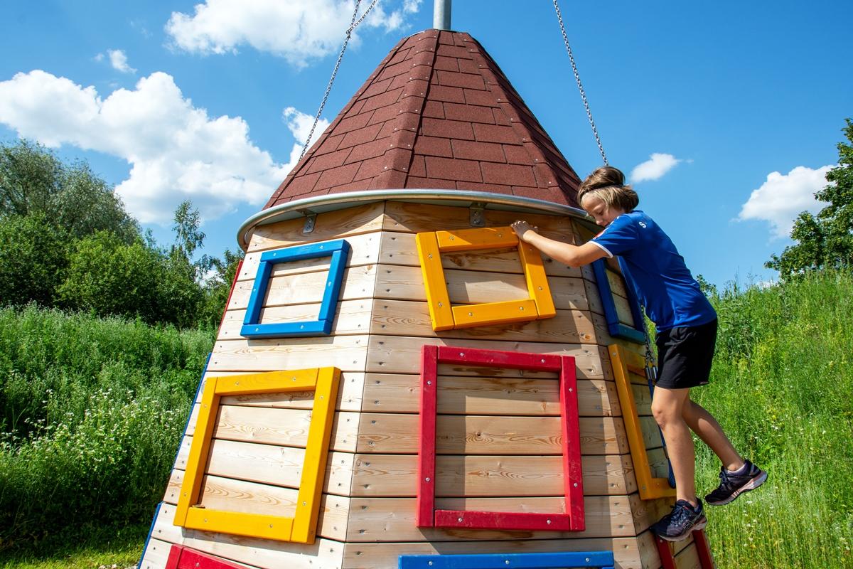 der-wasserskiturm-im-motorikpark-burghausen-foto-k-x-23-06-2020