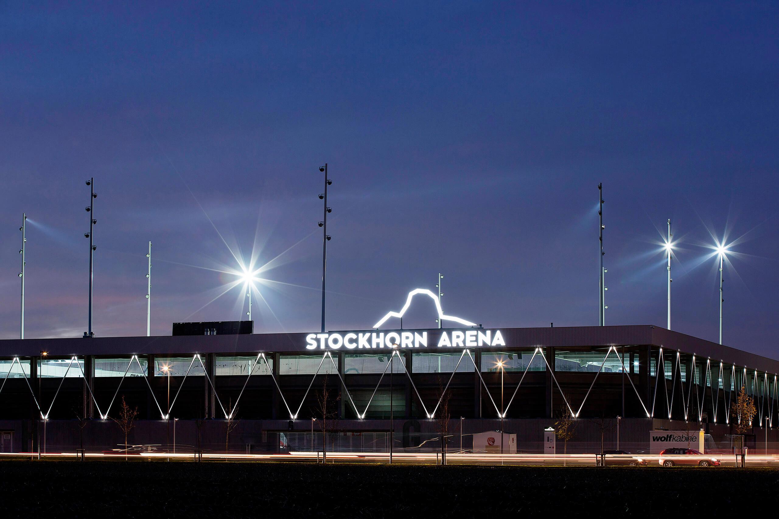 thun-stockhorn-arena-abend-aussenansicht