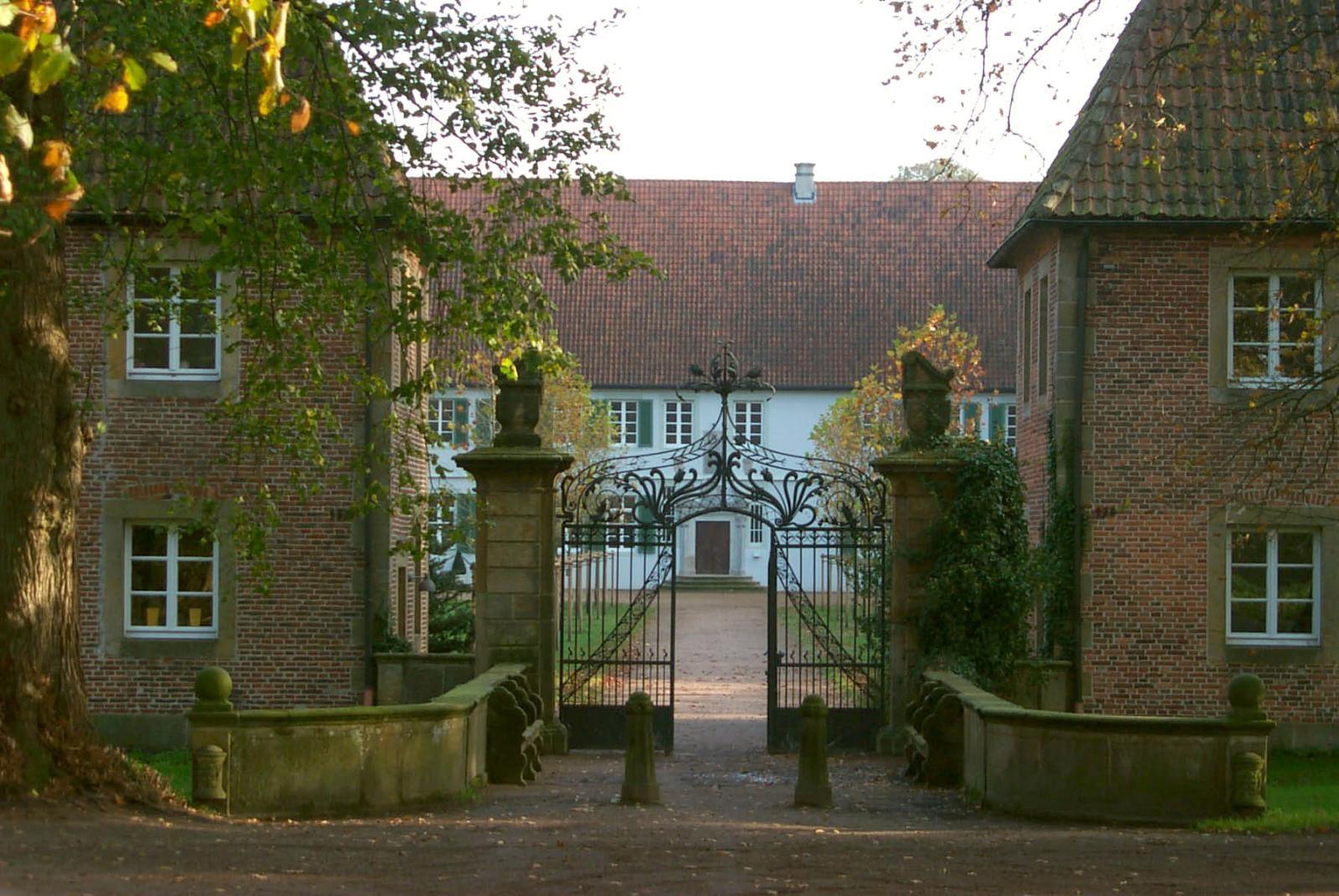 Tor am Kloster Bentlage in Rheine
