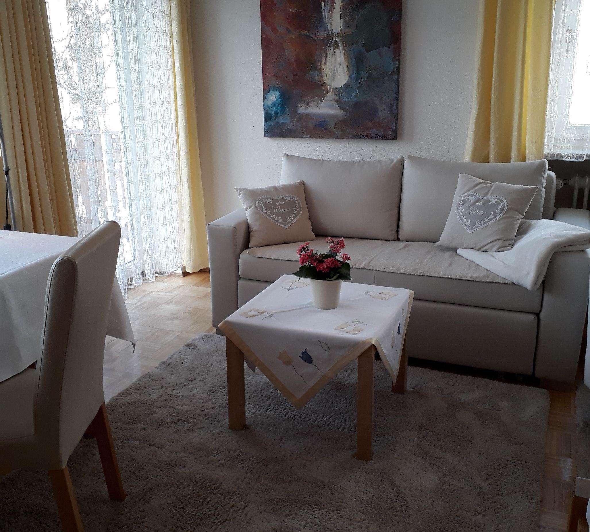 Appartement 3, Wohnzimmer