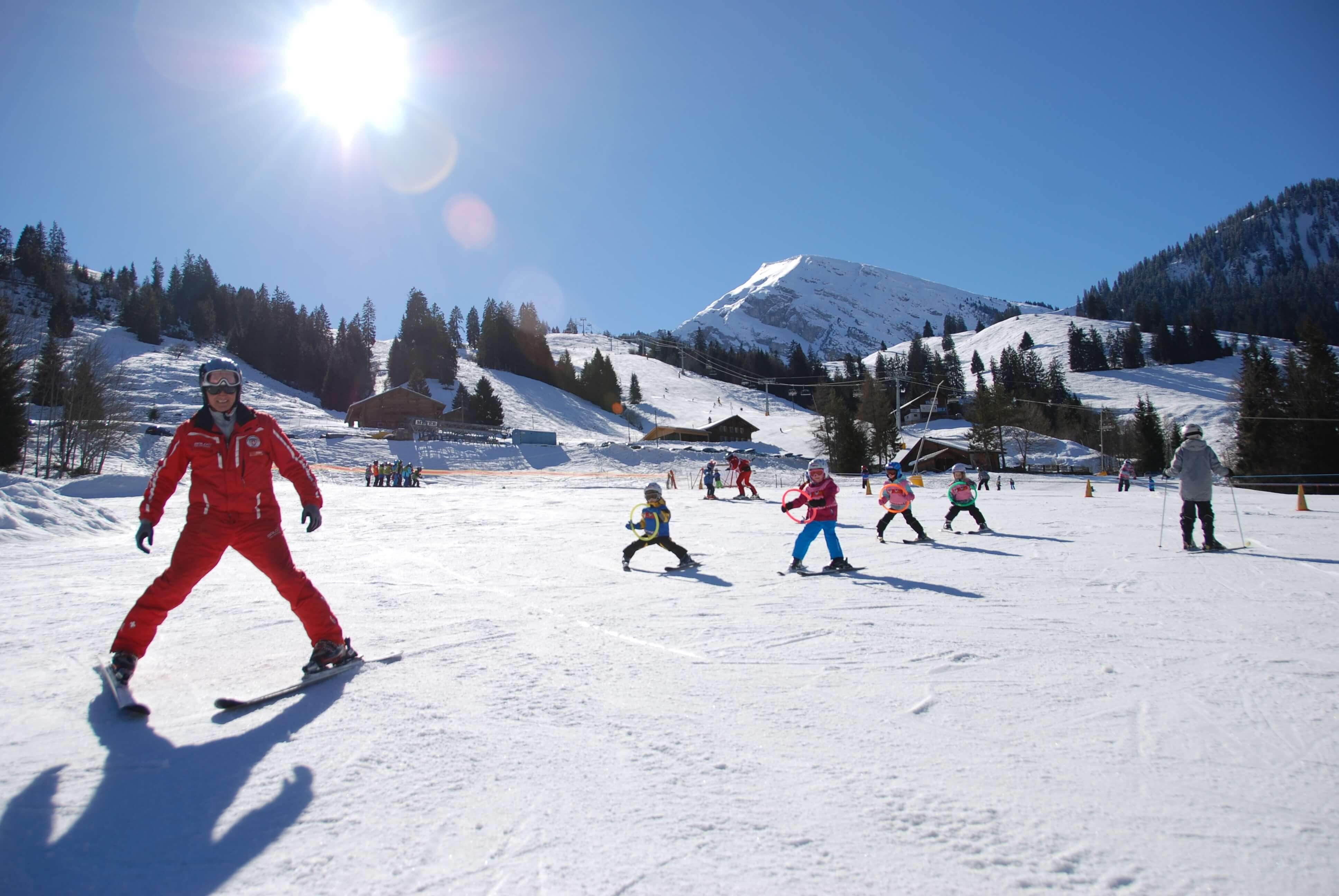 Kindergelände ideal für die ersten Schwünge im Schnee