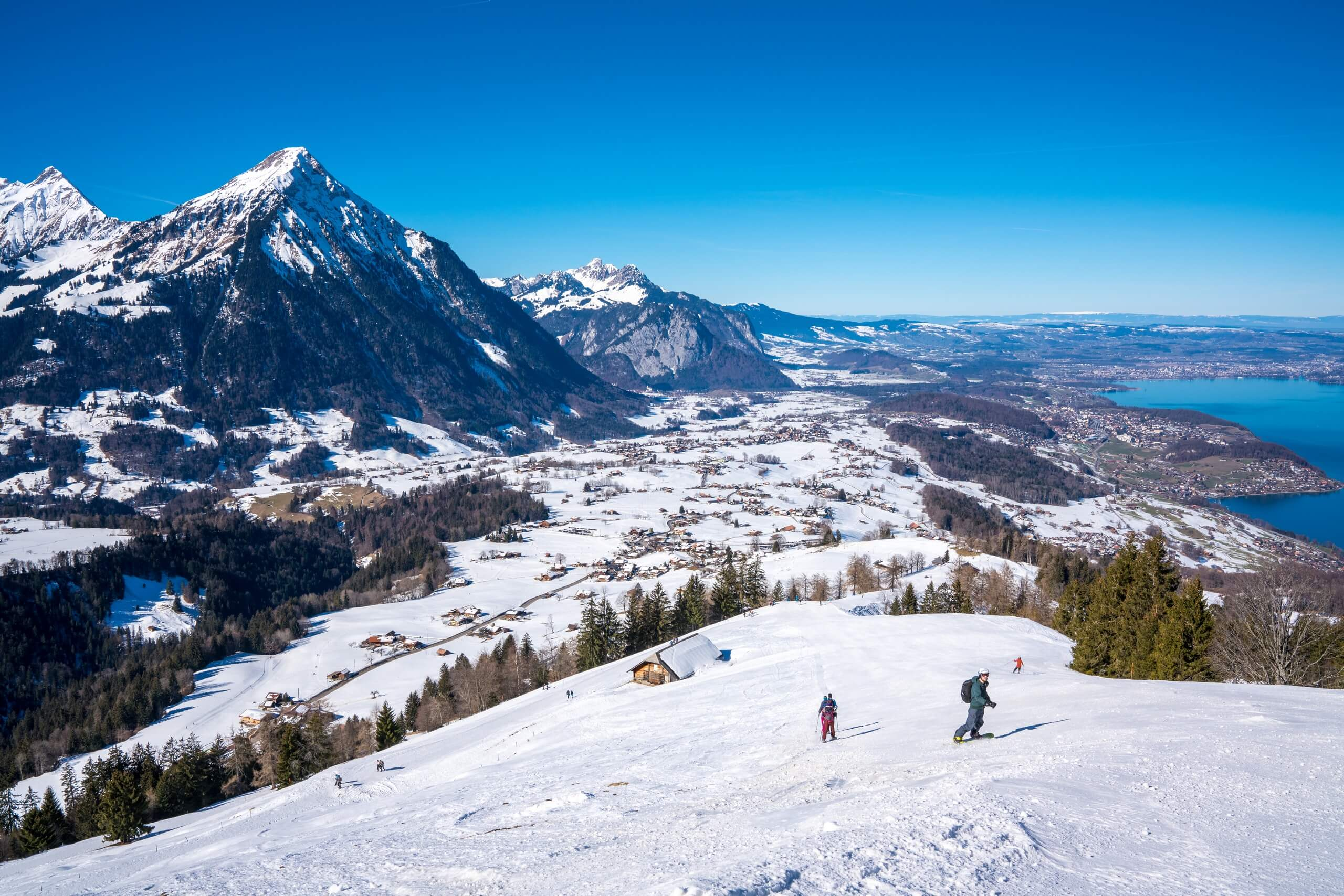 aeschi-skifahren-skigebiet-winter-wintersport