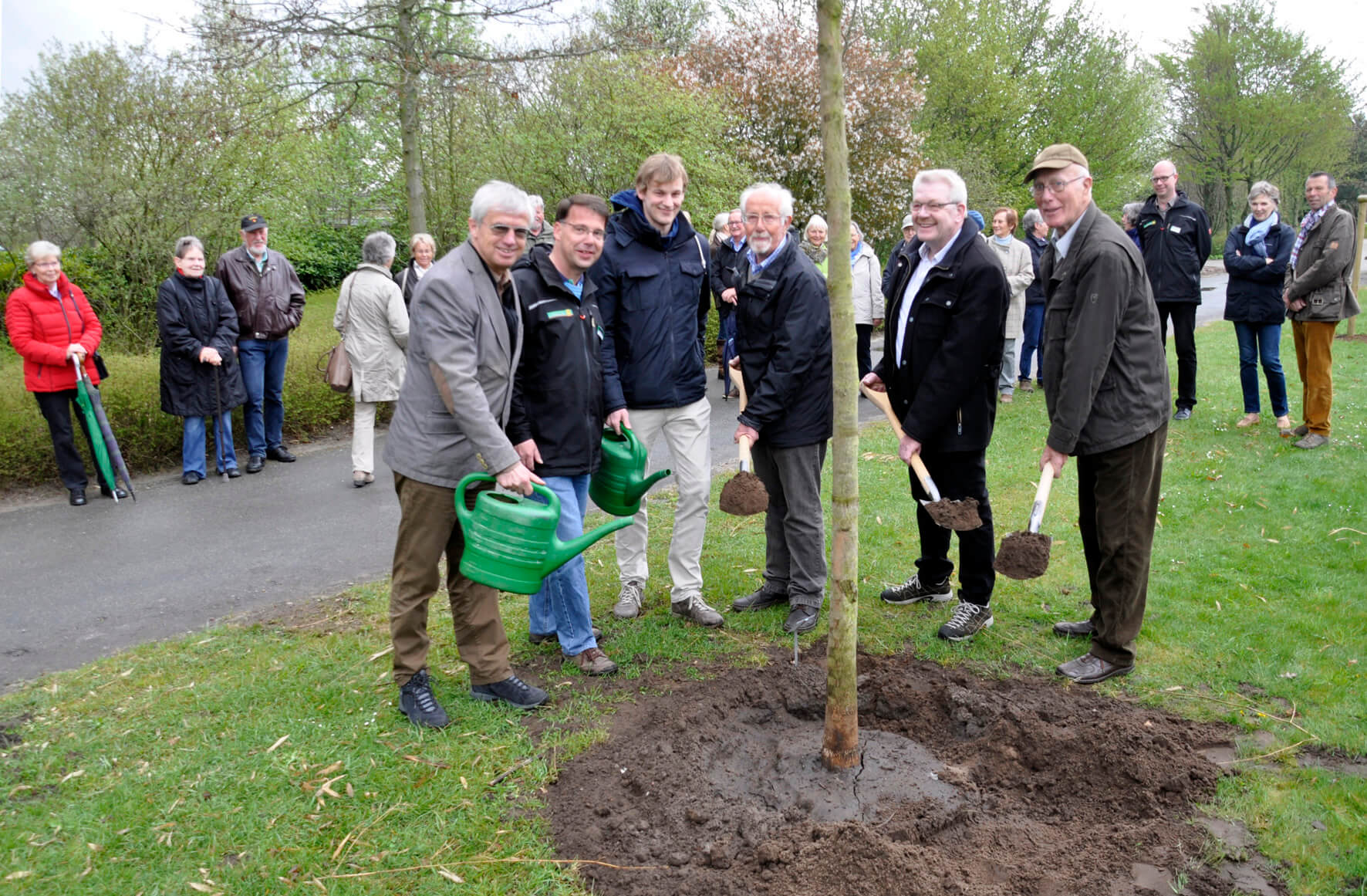 Park der Gärten: Pflanzung Baum des Jahres 2021