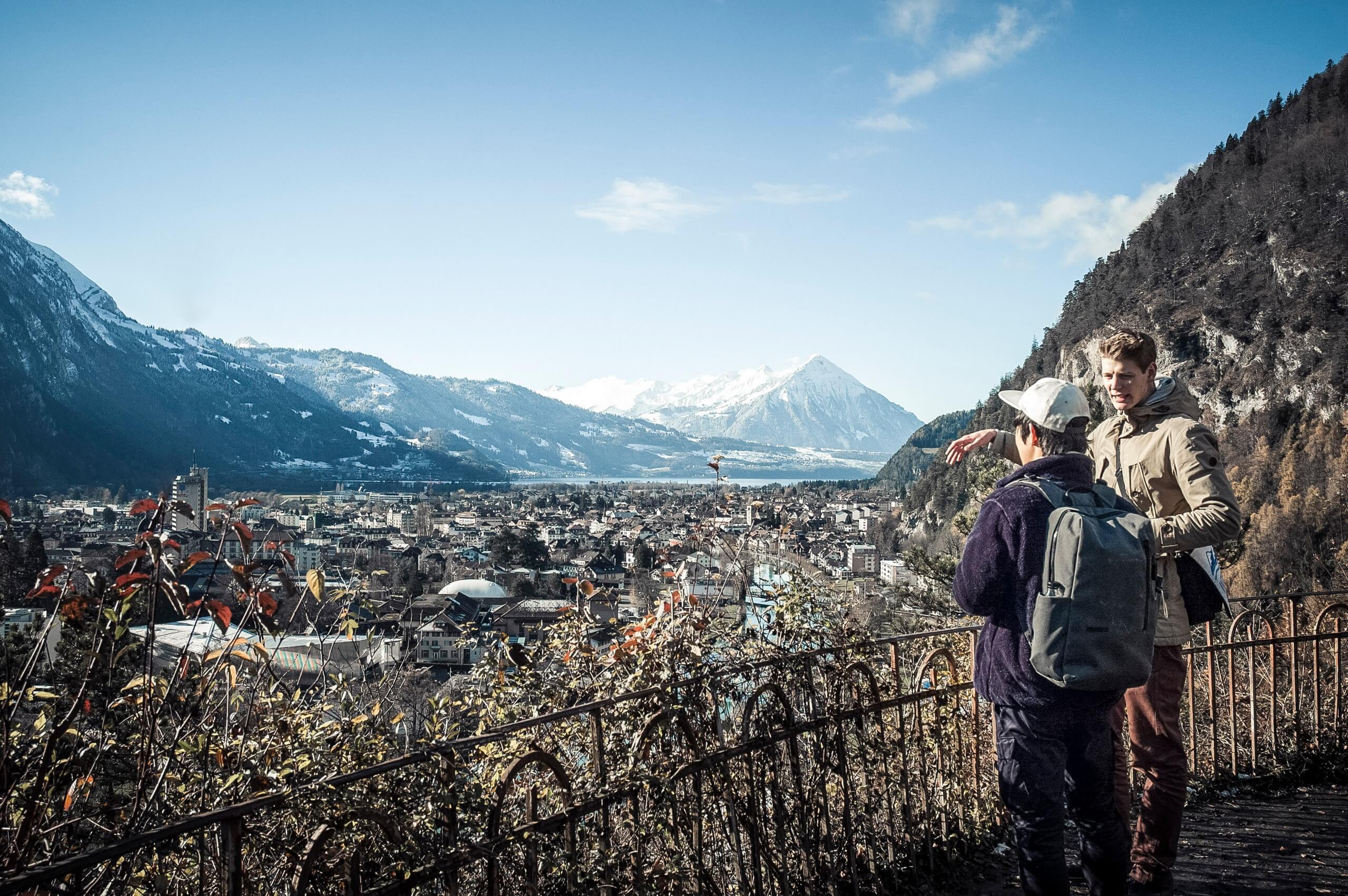 interlaken-walking-tours-aussicht-winter