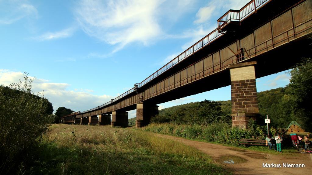 Weserhöhen_Bahnbrücke_Meinbrexen_Wehrden