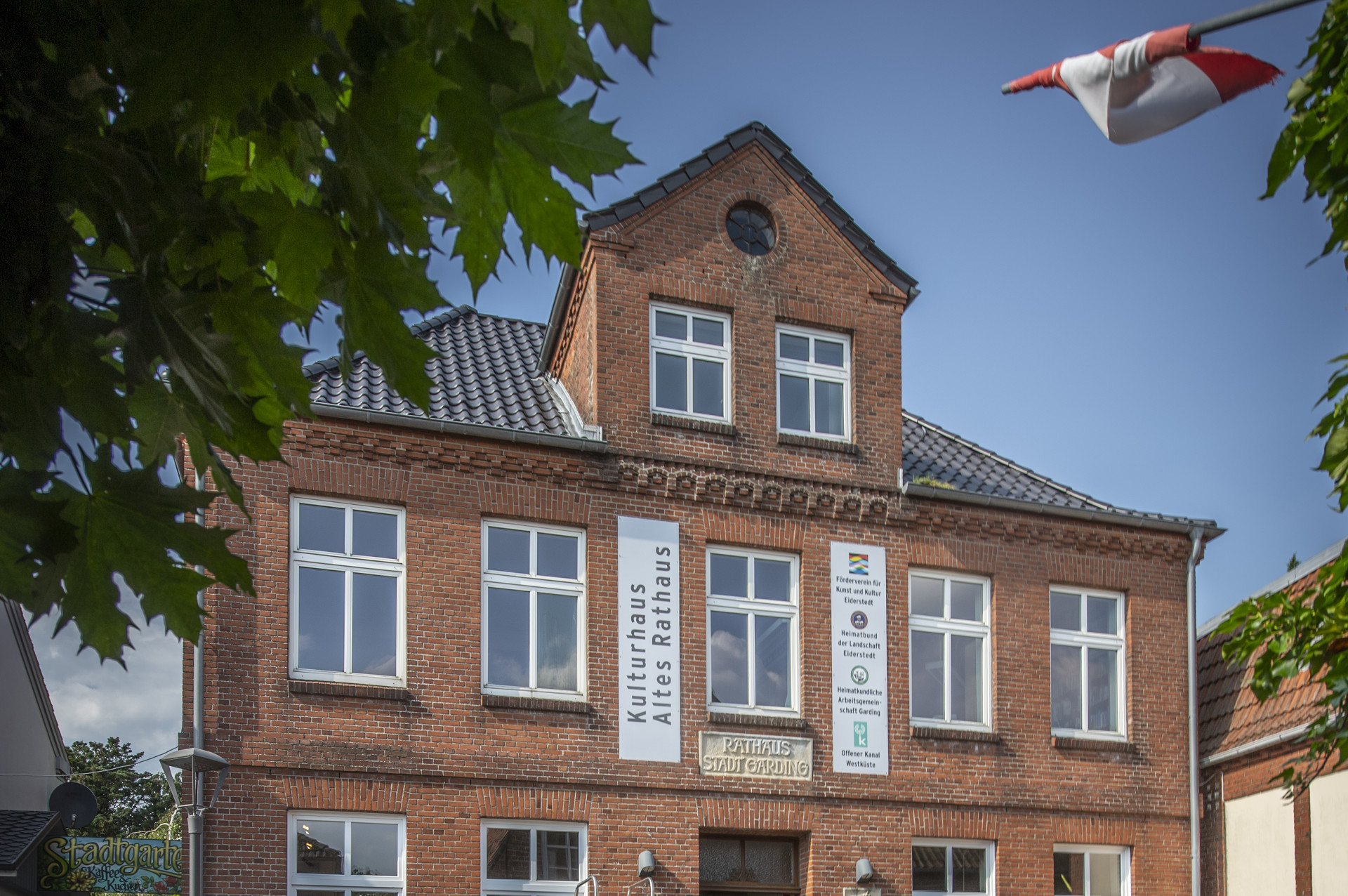 2019-garding-altes_rathaus-sommer