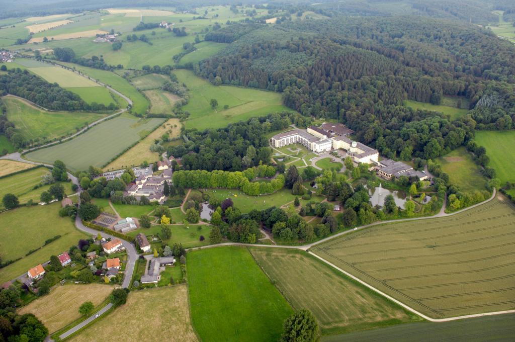 Luftbild vom Park Bad Hermannsborn