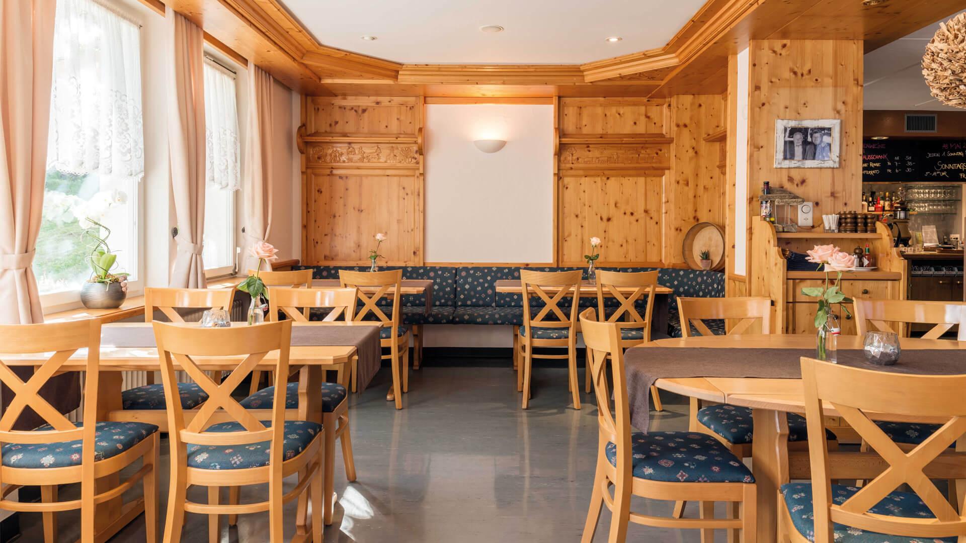 gasthof-ba-ren-restaurant-innenraum-2