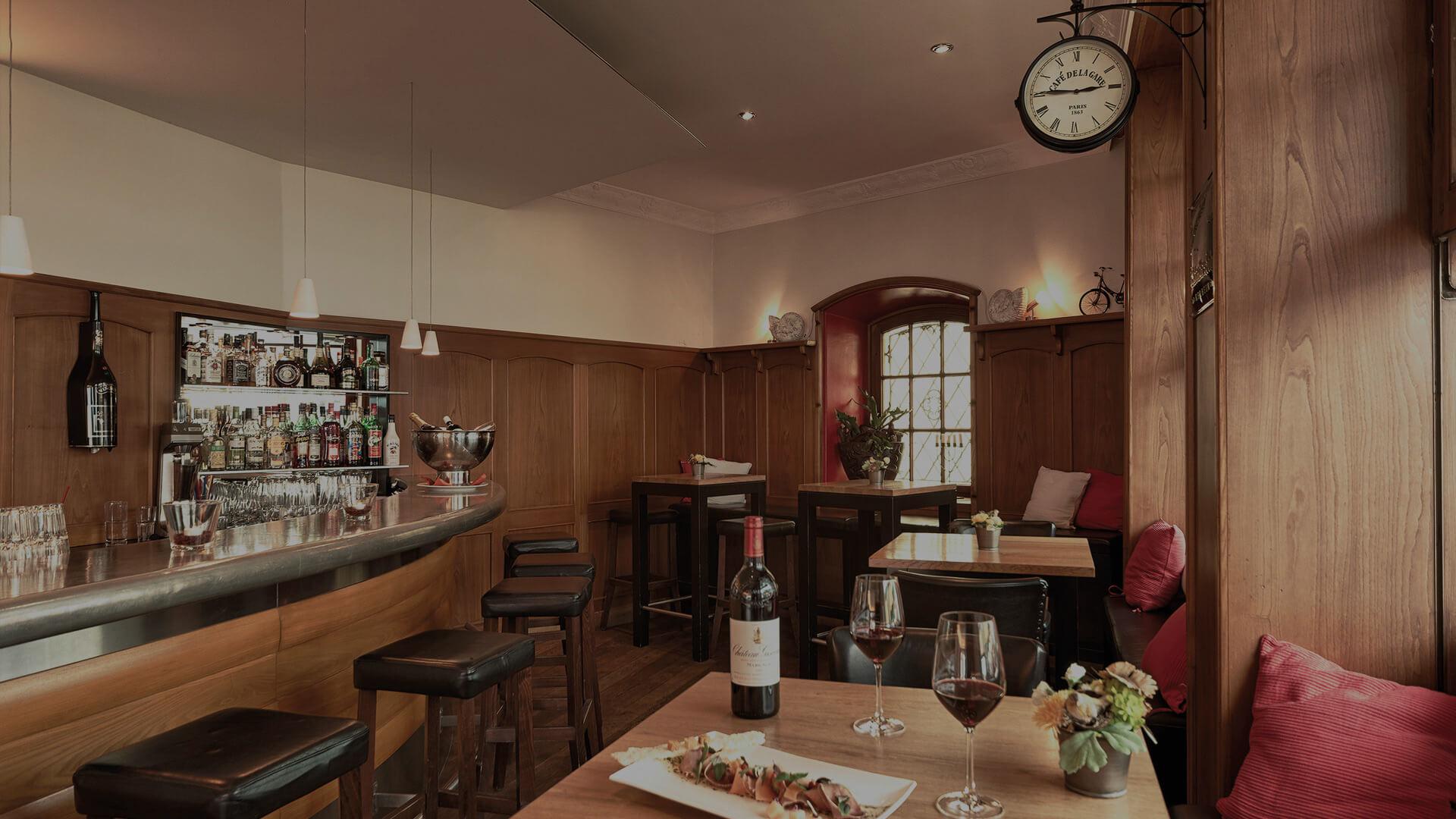 cafe-de-paris-bar-restaurant