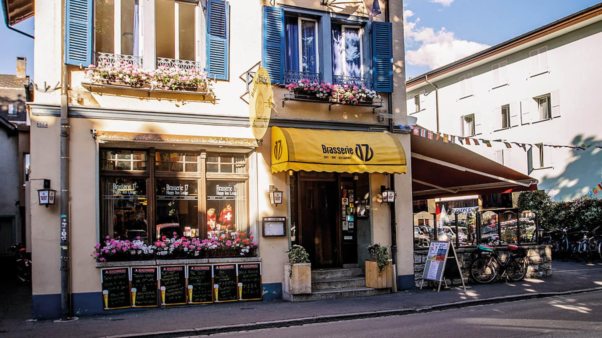happy-inn-brasserie-aussen