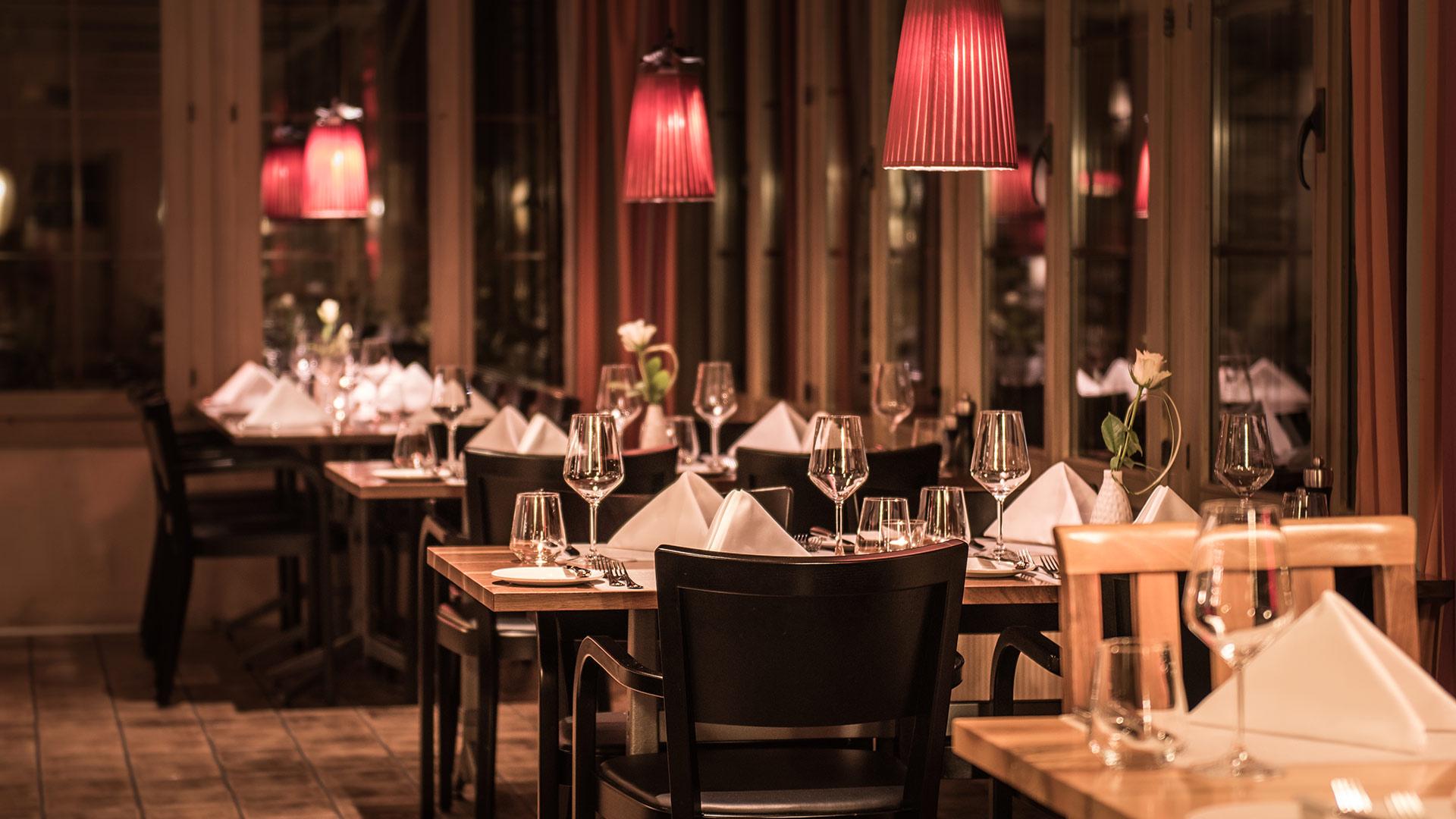 restaurant-taverne-hotel-interlaken-saal