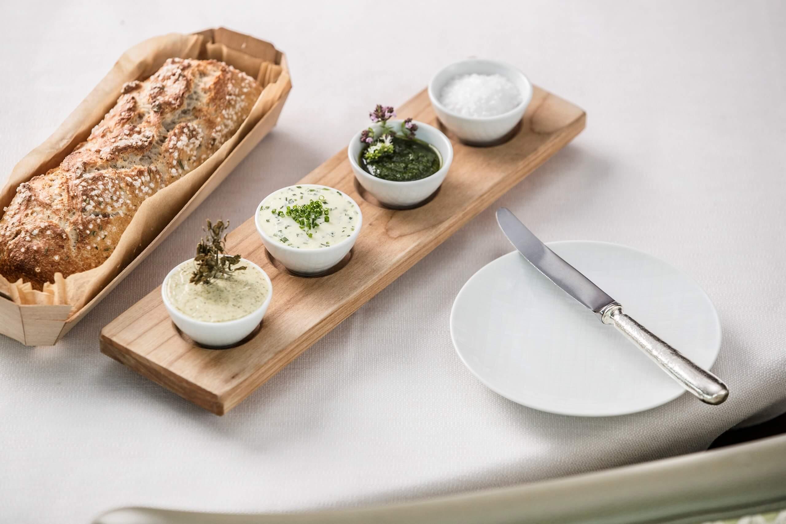 la-terrasse-menu-brot-aufstrich