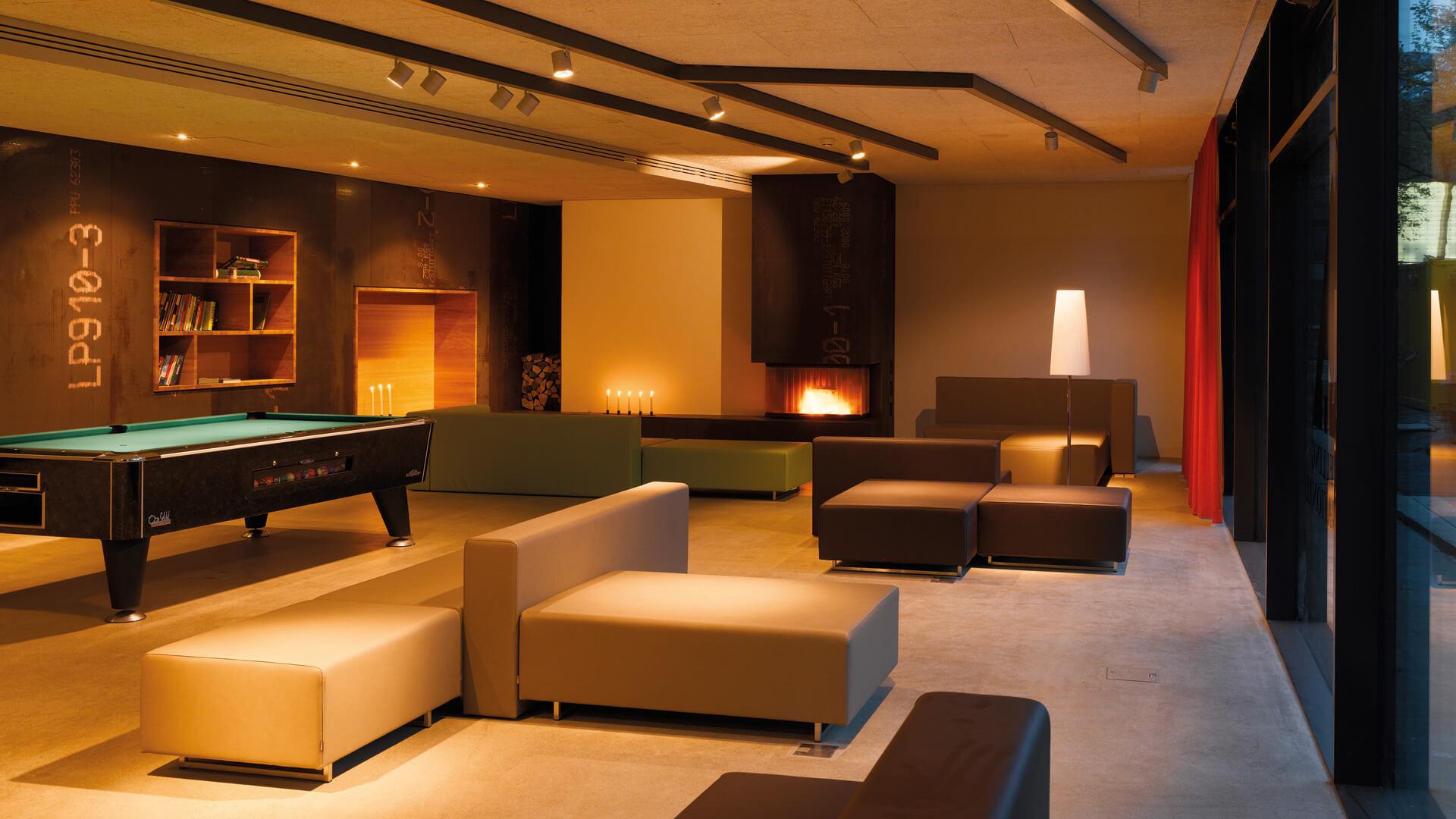 restaurant-3-a-lounge