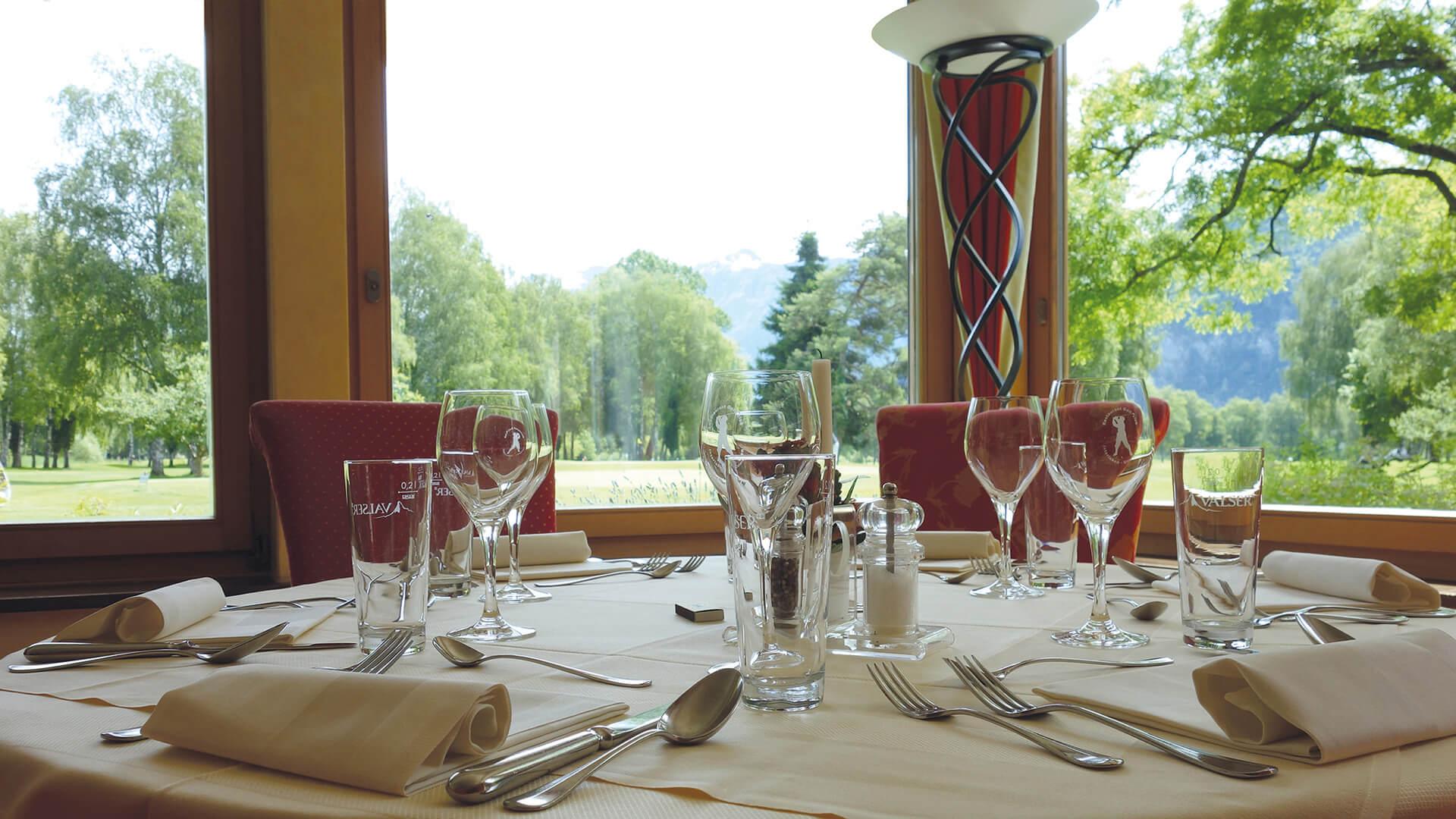 restaurant-golfclub-tisch