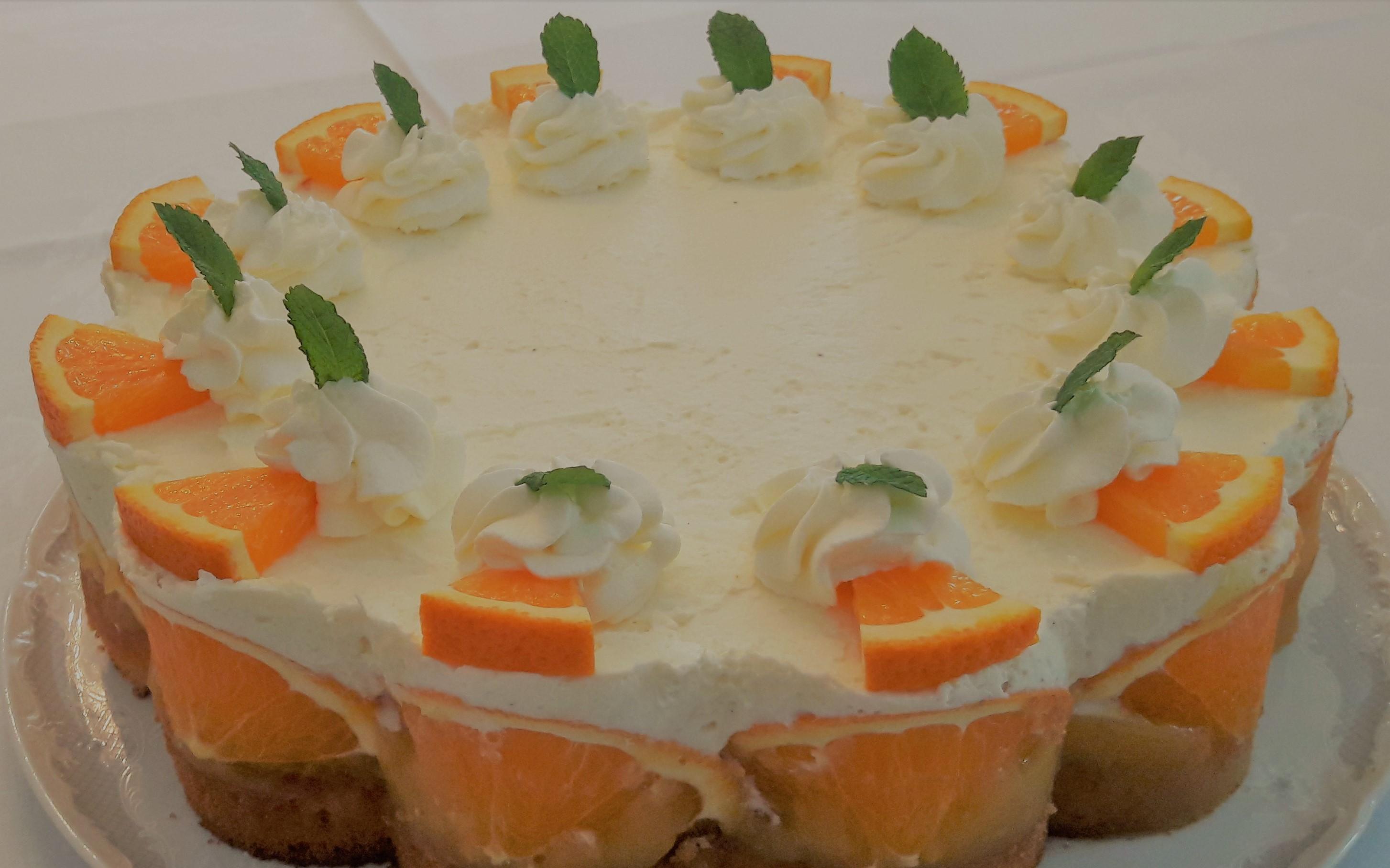 Torte mit Orangen im Bauerncafé Buchholz