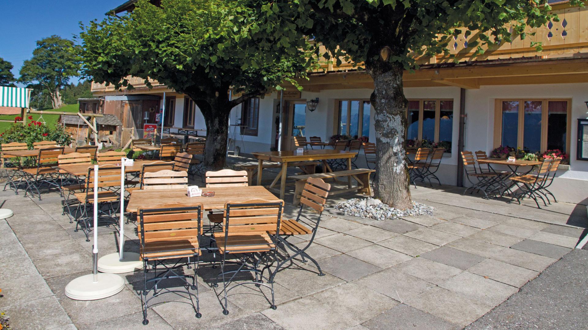 riedboden-restaurant-terrasse