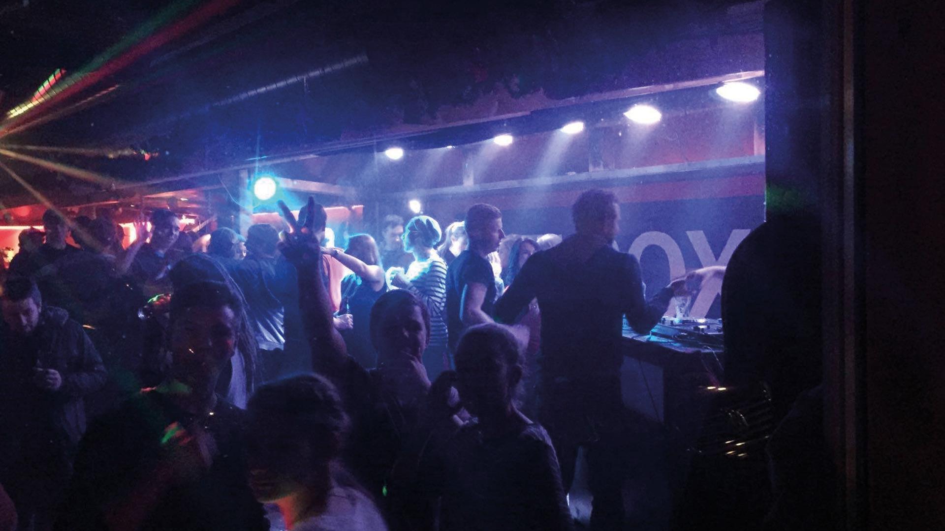 rox-music-bar-disco