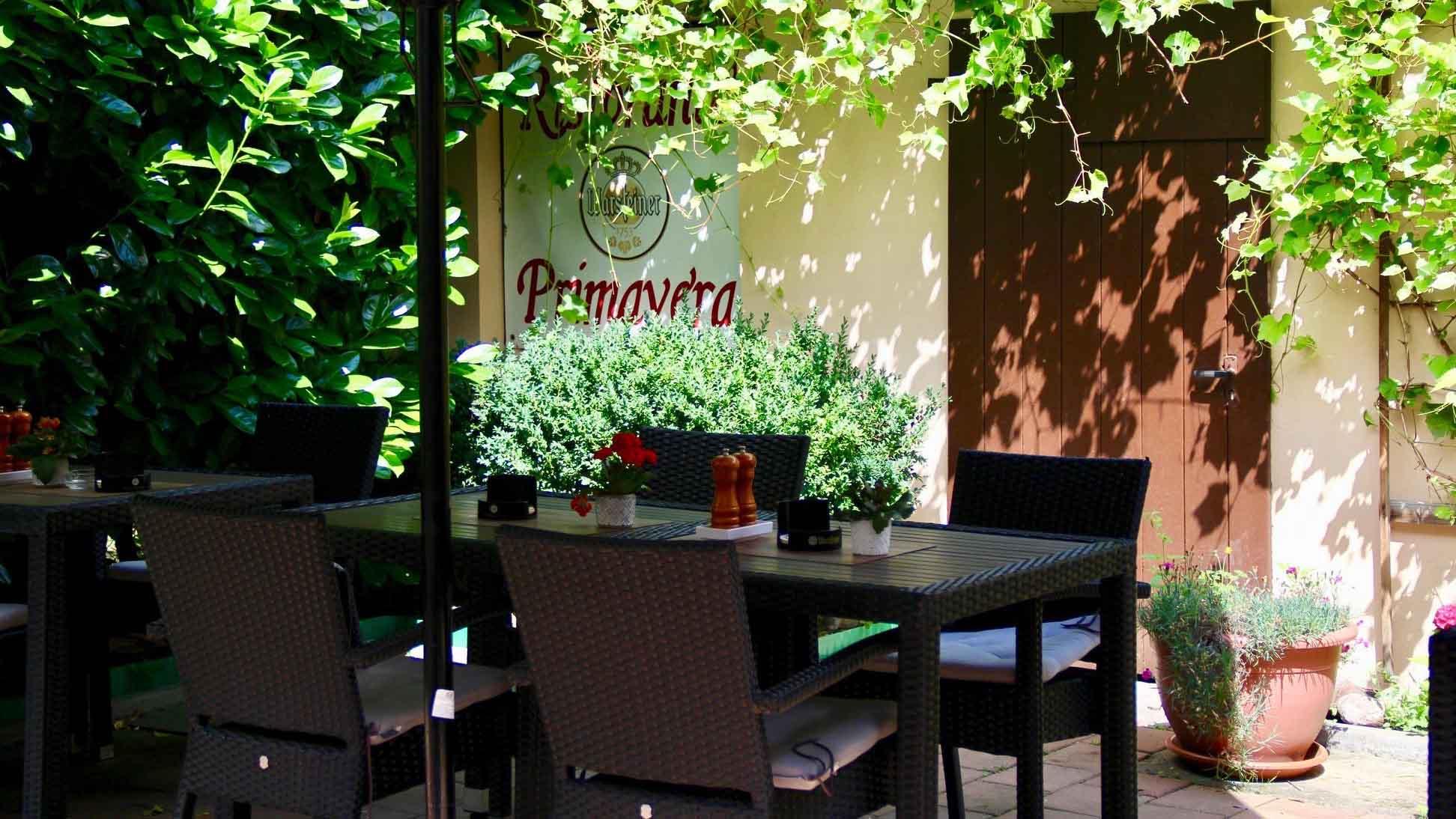 celle-restaurant-primavera-innenhof