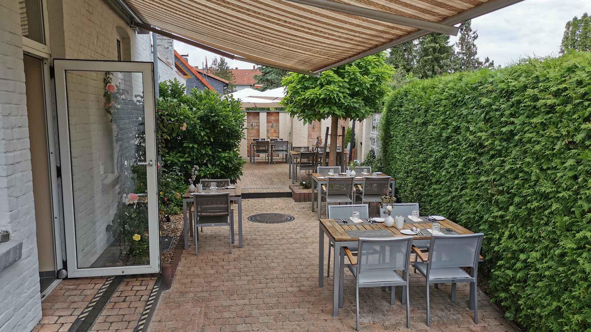 celle-restaurant-esszimmer-terrasse