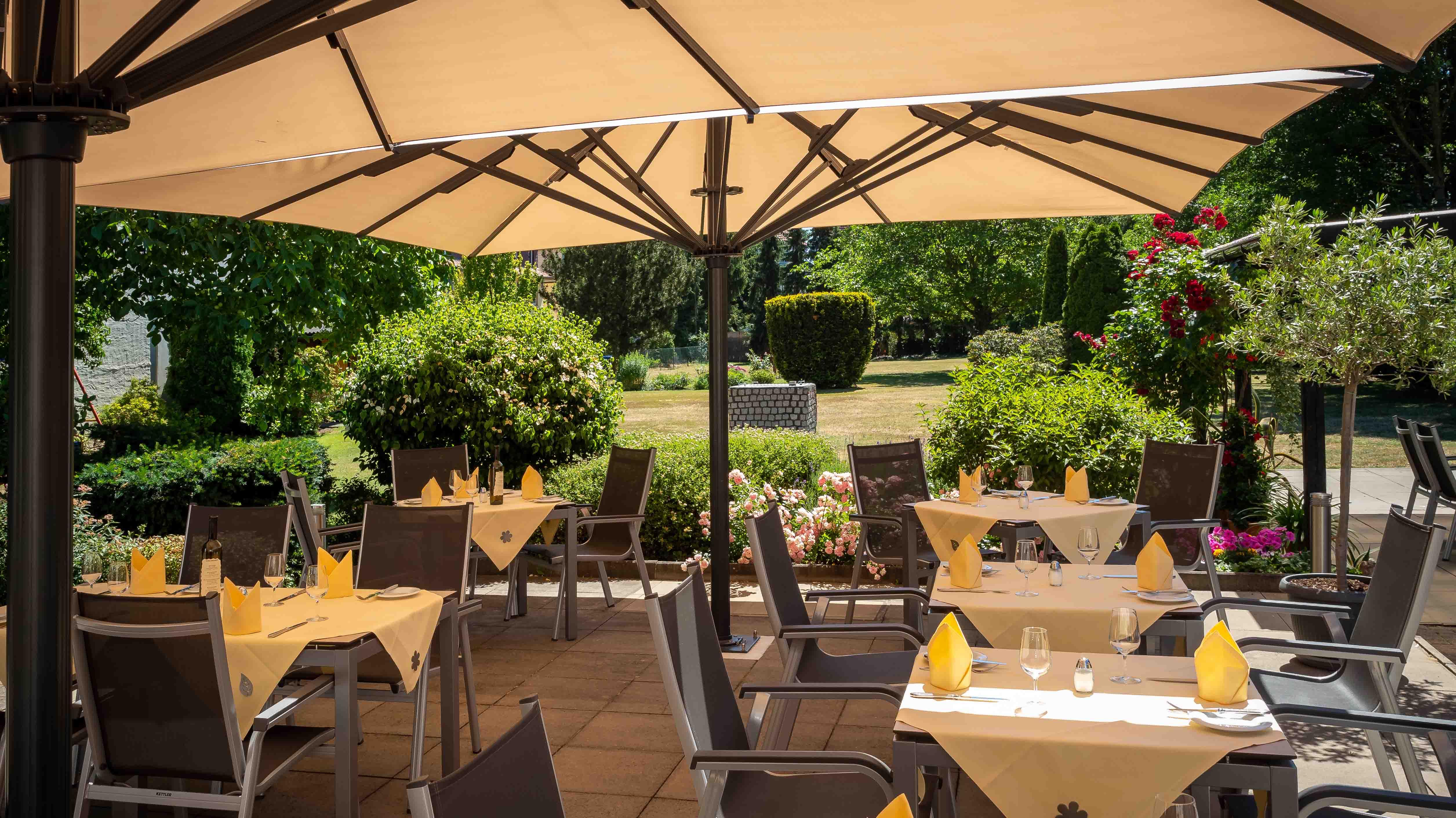celle-restaurant-schapers-terrasse