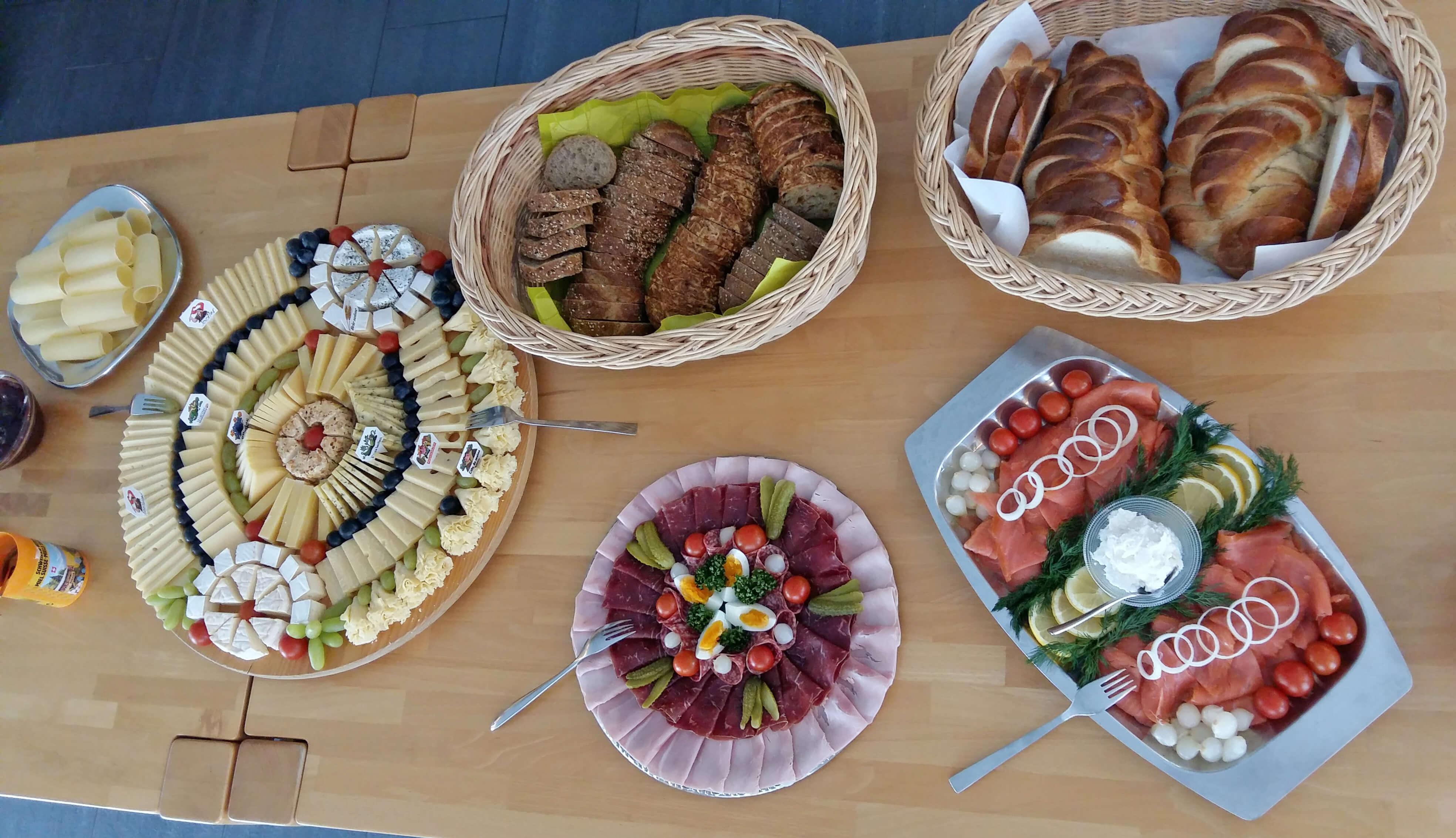 Restaurant Eggmatte Buffet Frühstück Zopf