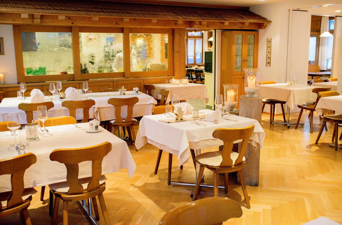 Gasthof Hirschen Oey Stühle Holz