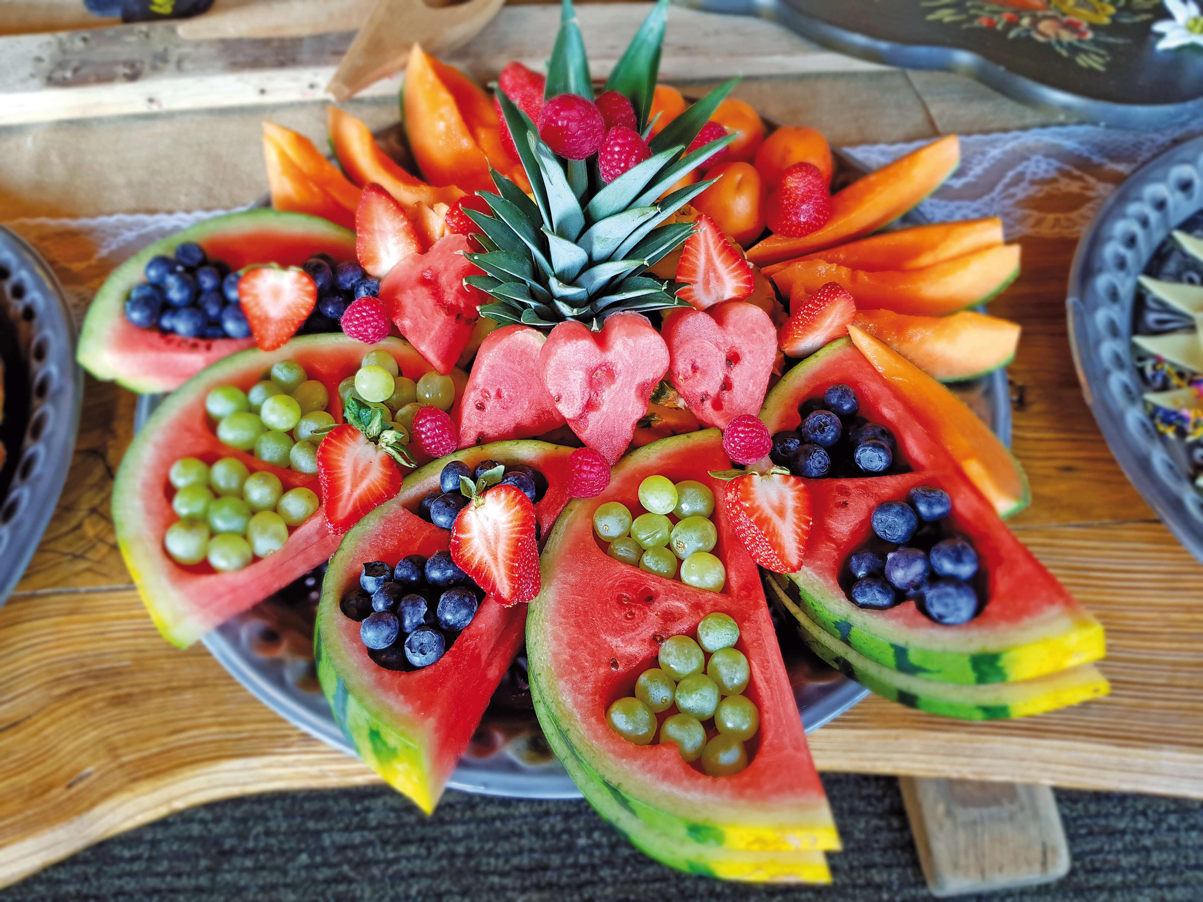 Berghotel Wiriehorn Brunch Früchte