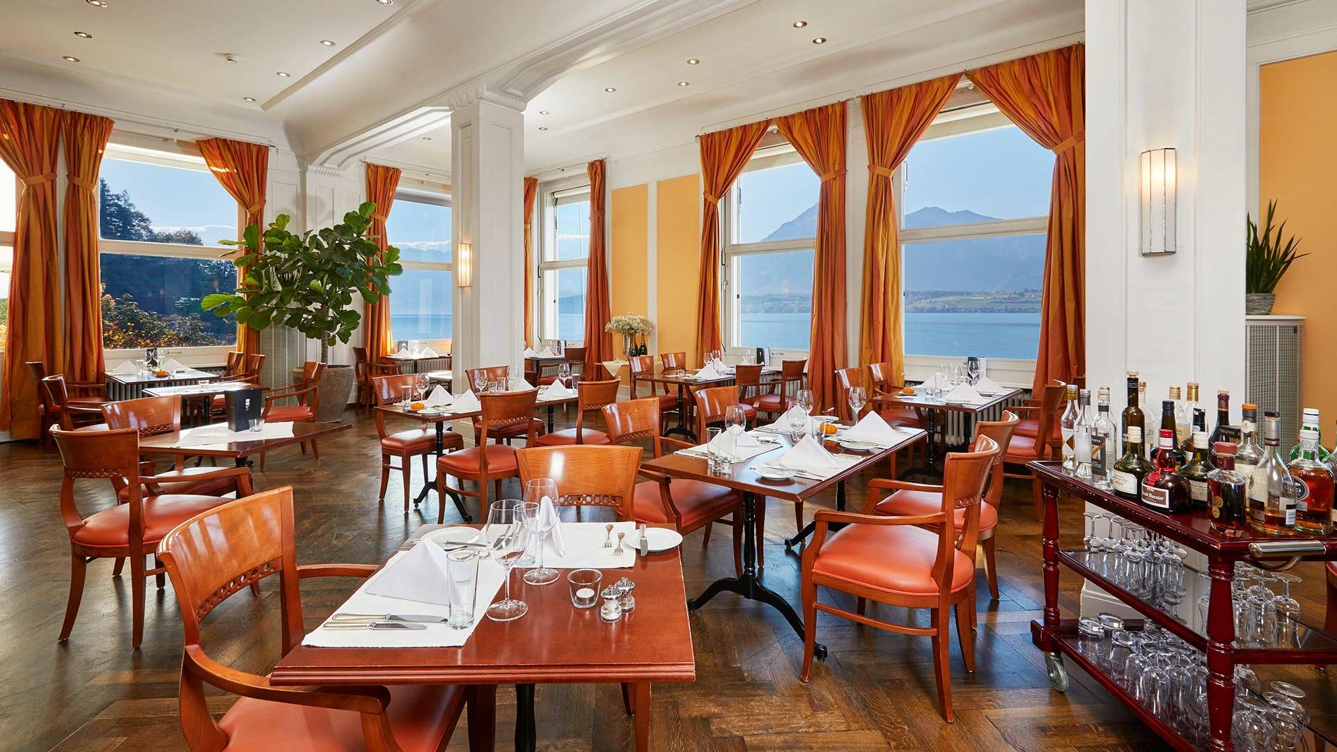 bellevue-au-lac-restaurant-ambiance