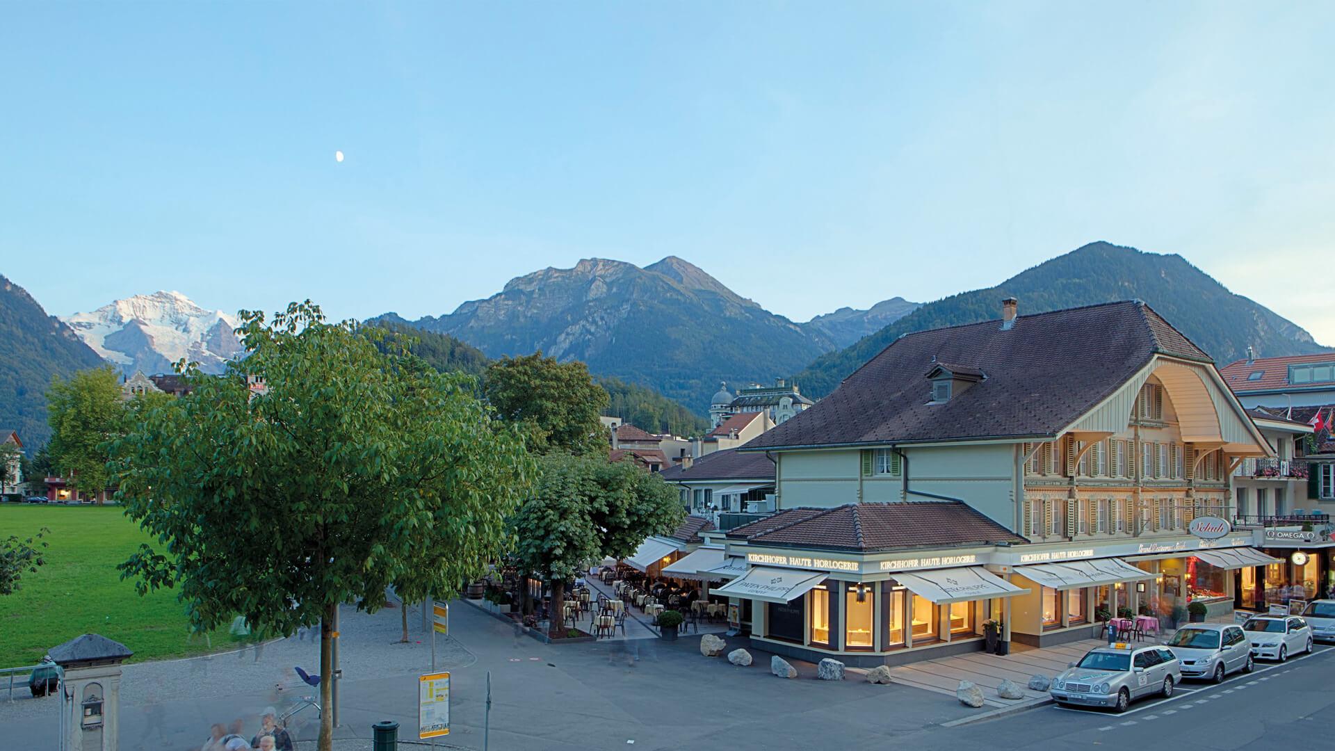 grand-cafe-restaurant-schuh-aussen-jungfrau