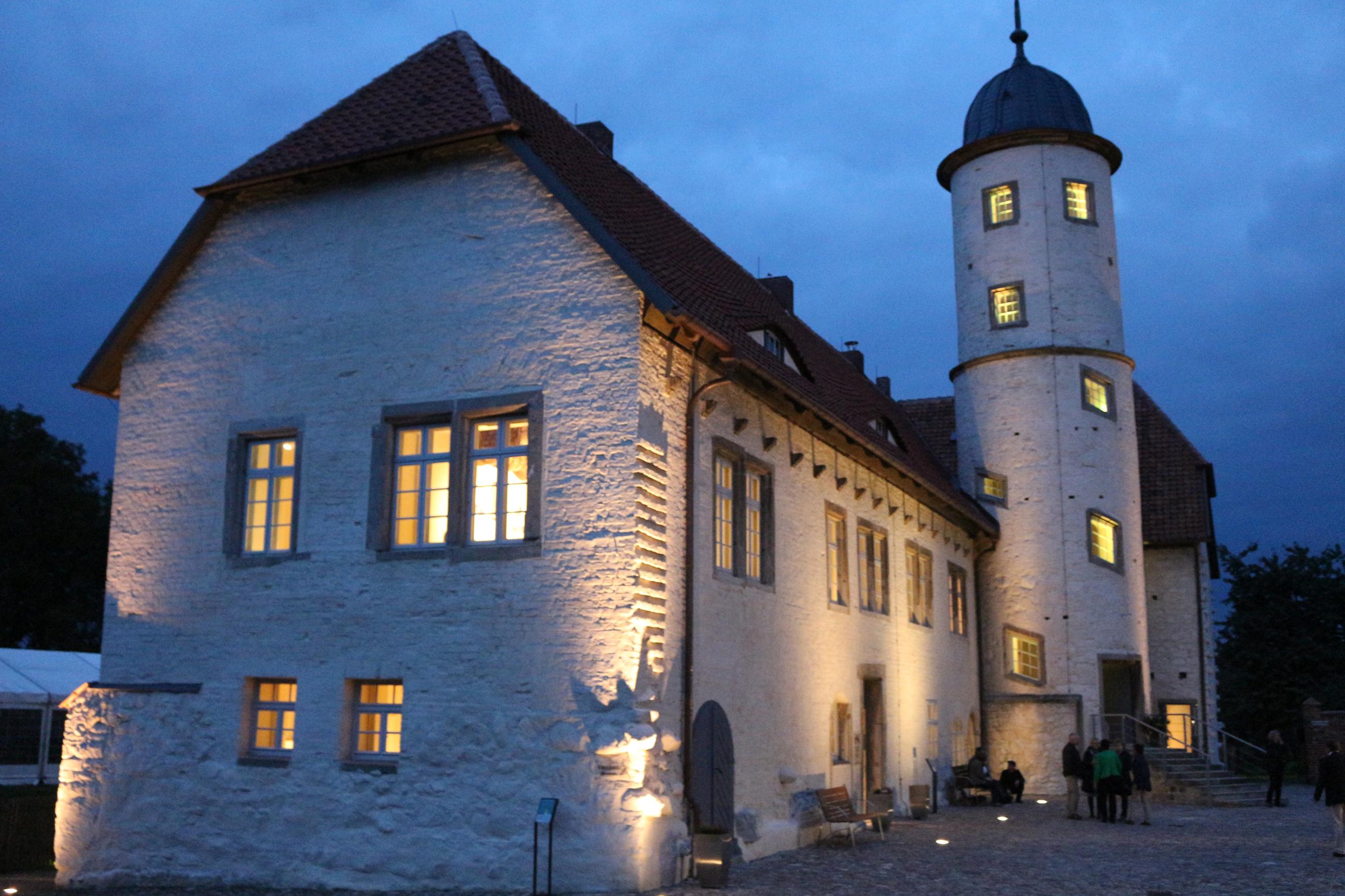 Abendstimmung auf der Burg Brome
