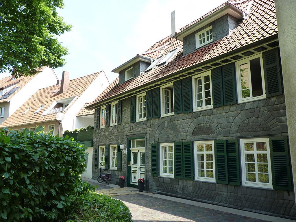Kirchenrundling Wohnbebauung