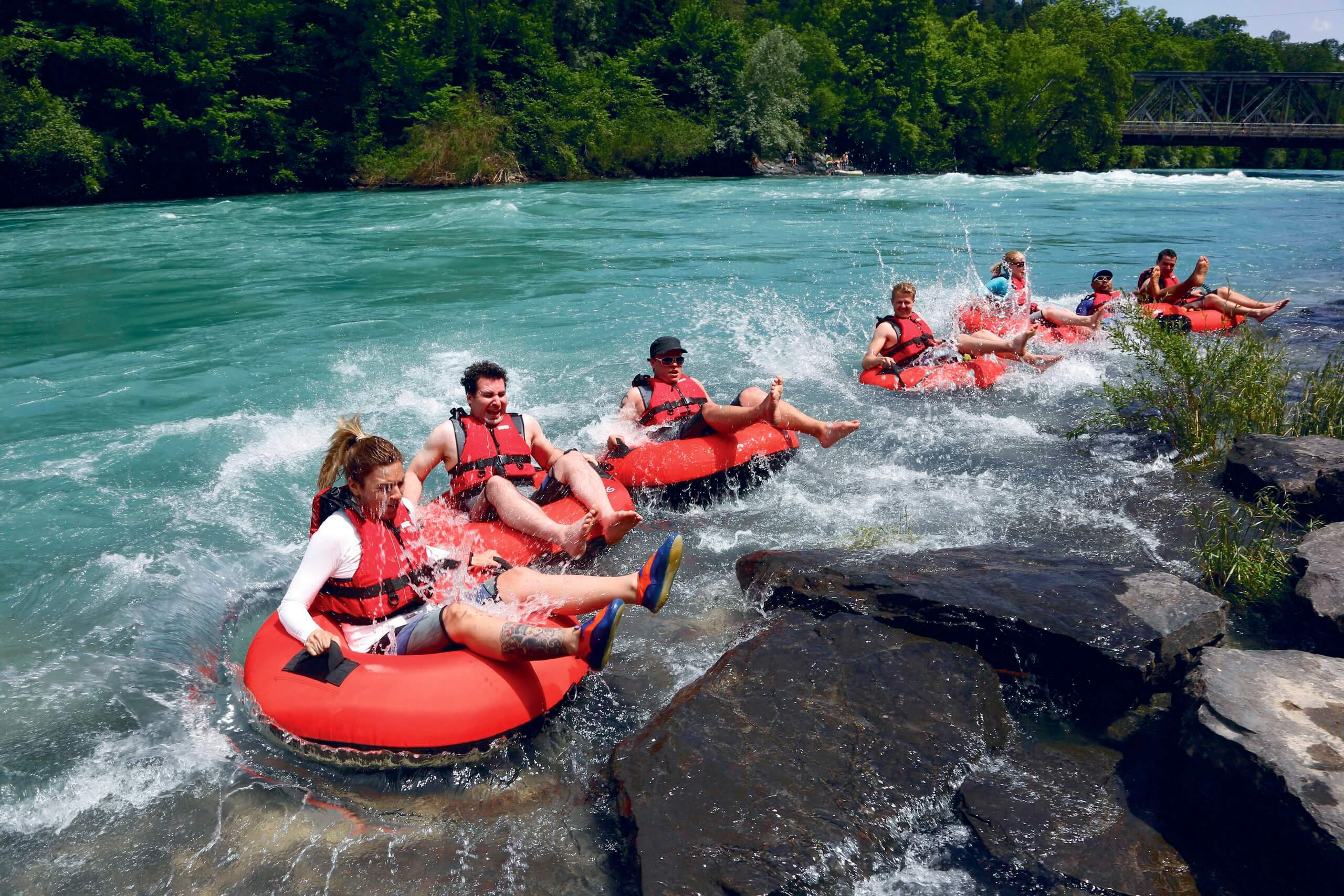 thun-aare-tubing-sommer
