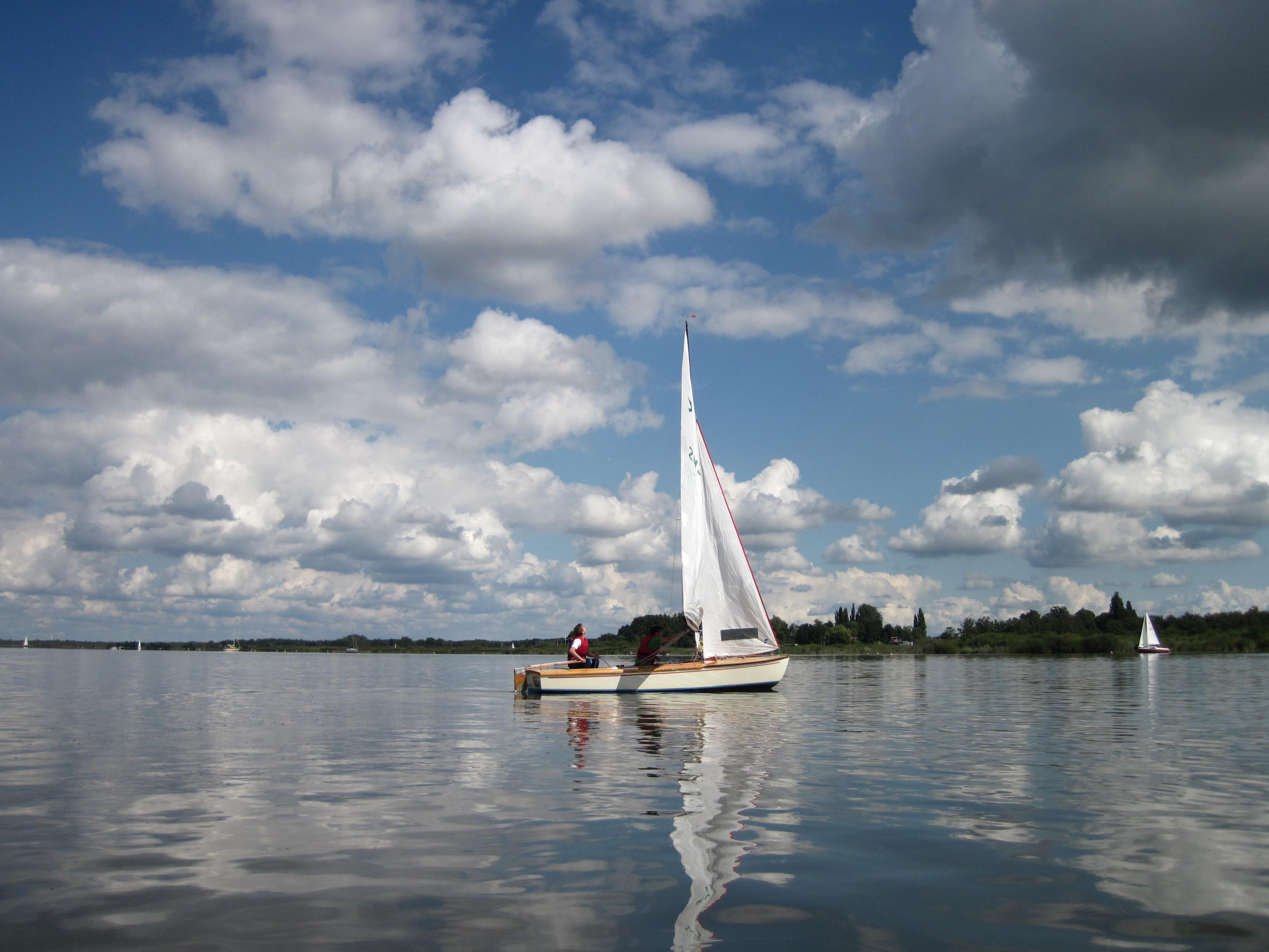 Segelboot auf dem Steinhuder Meer