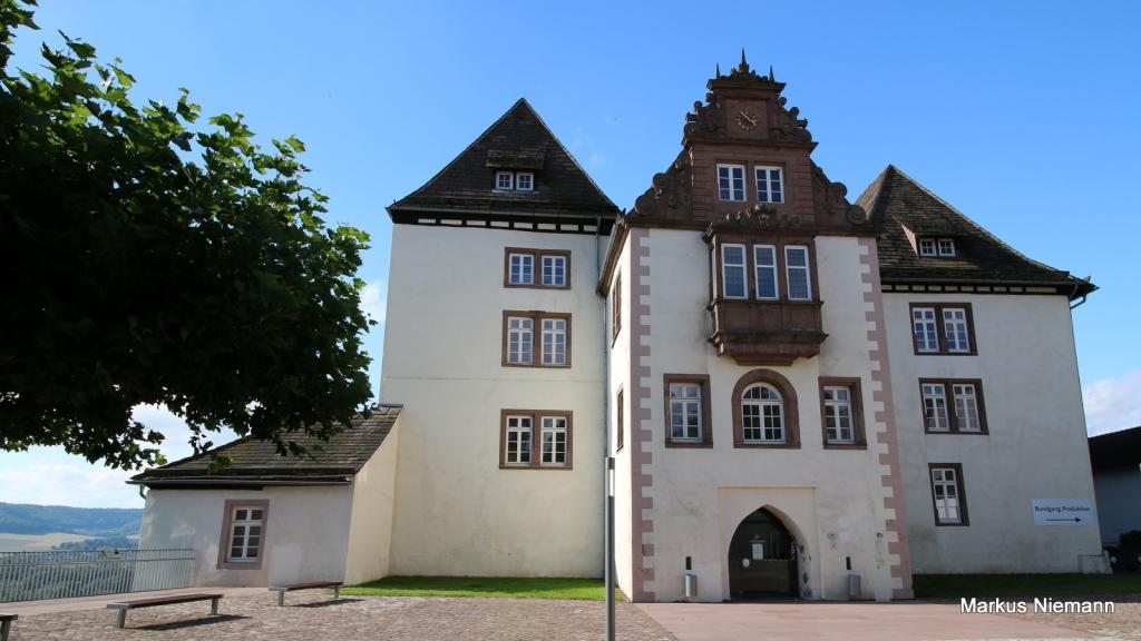 Weserhöhen_Schloss_Fürstenberg
