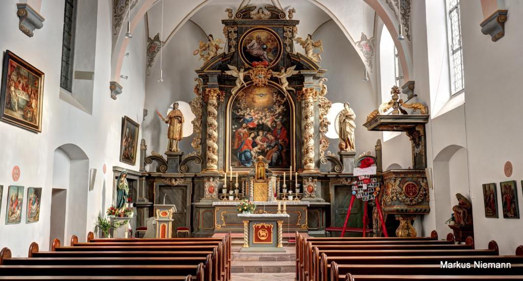 Weserhöhen Kirche in Wehrden Innenansicht